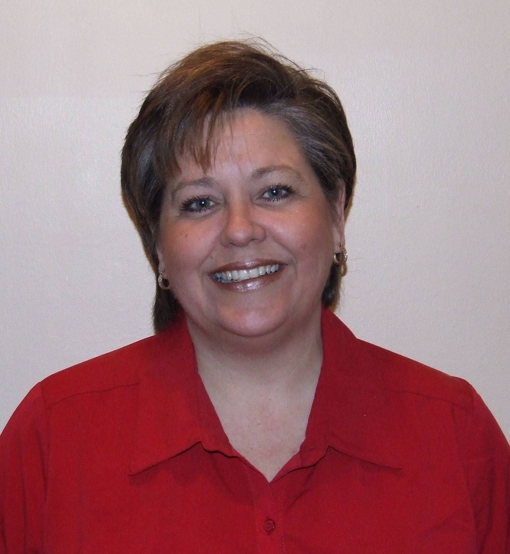 Dawn Abernathy, running for Mundelein Village Board (4-year Terms)
