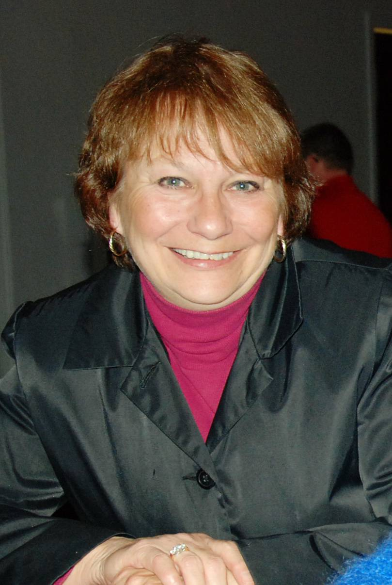 Jerri McCue, running for Elgin City Council (4-year Terms)