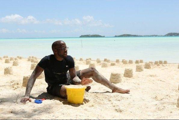 "Sitting on a beach in Bora Bora isn't relaxing for Lake County Dr. Idries Abdur-Rahman because he has to search hundreds of sand castles to find the clue as a contestant on TV's ""The Amazing Race."""