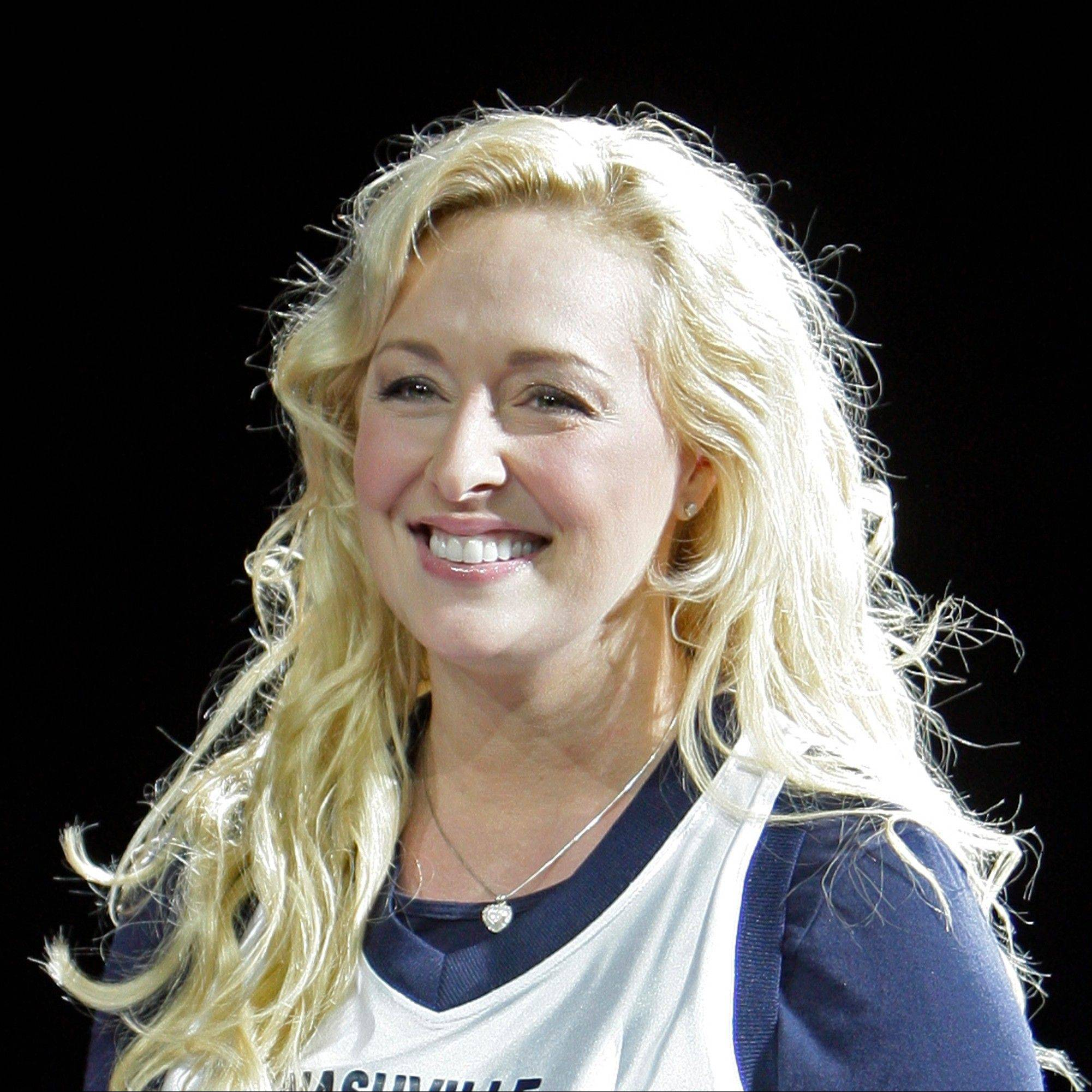 Country singer Mindy McCready, who hit the top of the country charts before personal problems sidetracked her career, died Sunday. She was 37.