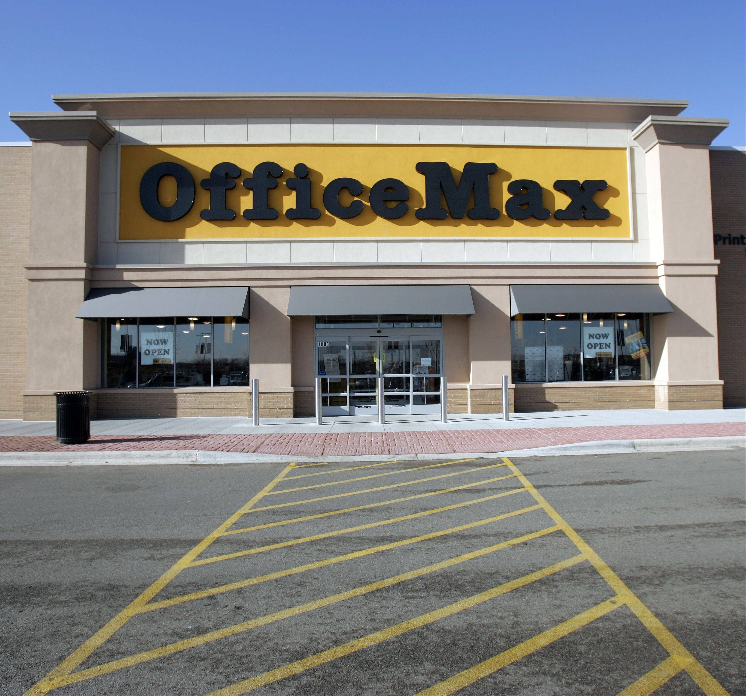 Naperville-based Office Max has agreed to merge with Boca Raton, Fla-based Office Delpot.
