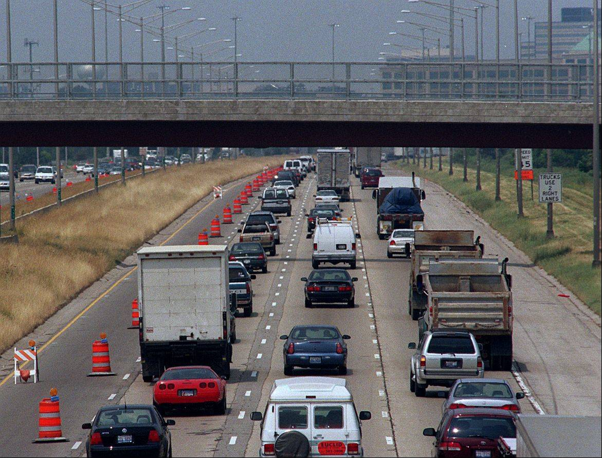 Northbound Route 53 traffic will have somewhere to go if the Illinois tollway extends the road into Lake County.