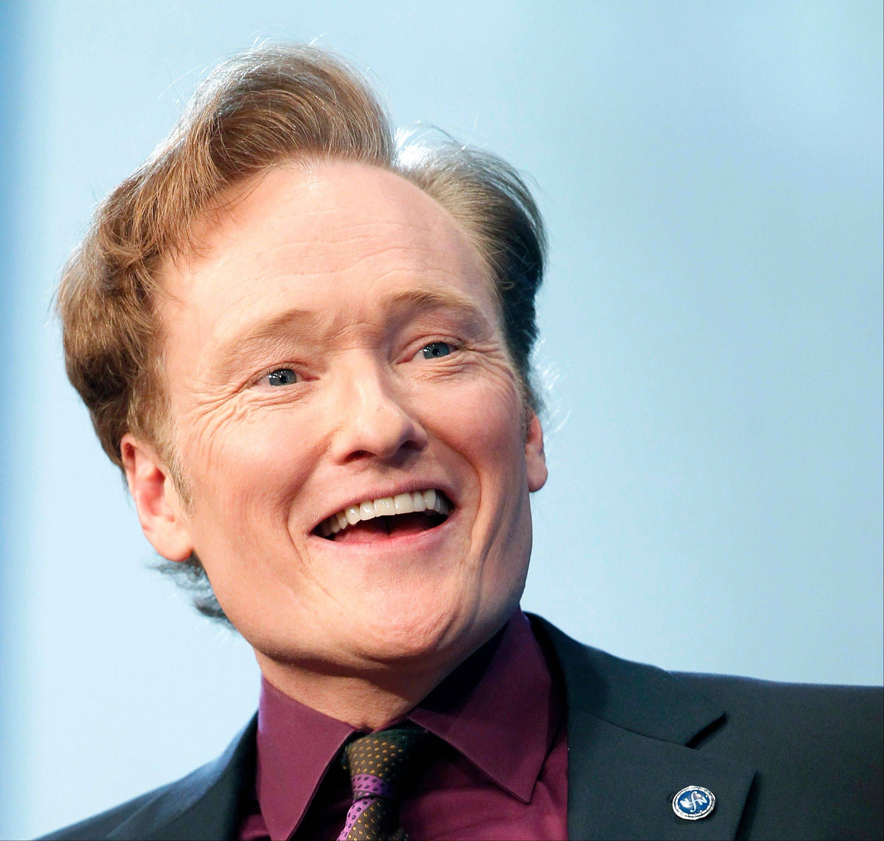 Comedian Conan O'Brien has been chosen by the White House Correspondents' Association as the featured act for its annual dinner.