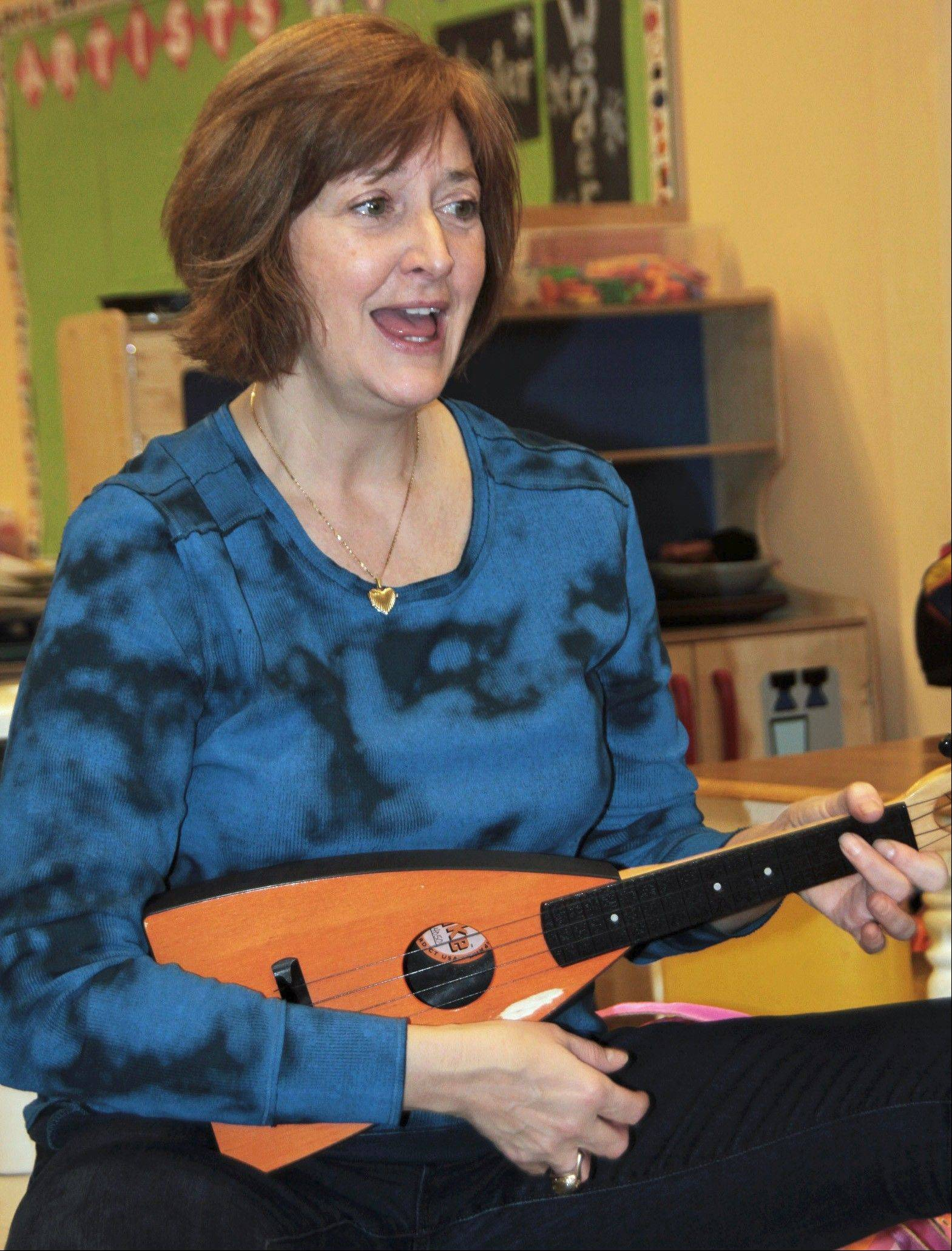 Award-winning children's music composer and performer Susan Salidor presents ans interative family concert at the Alfred Rubin Riverwalk Community Center in Naperville.