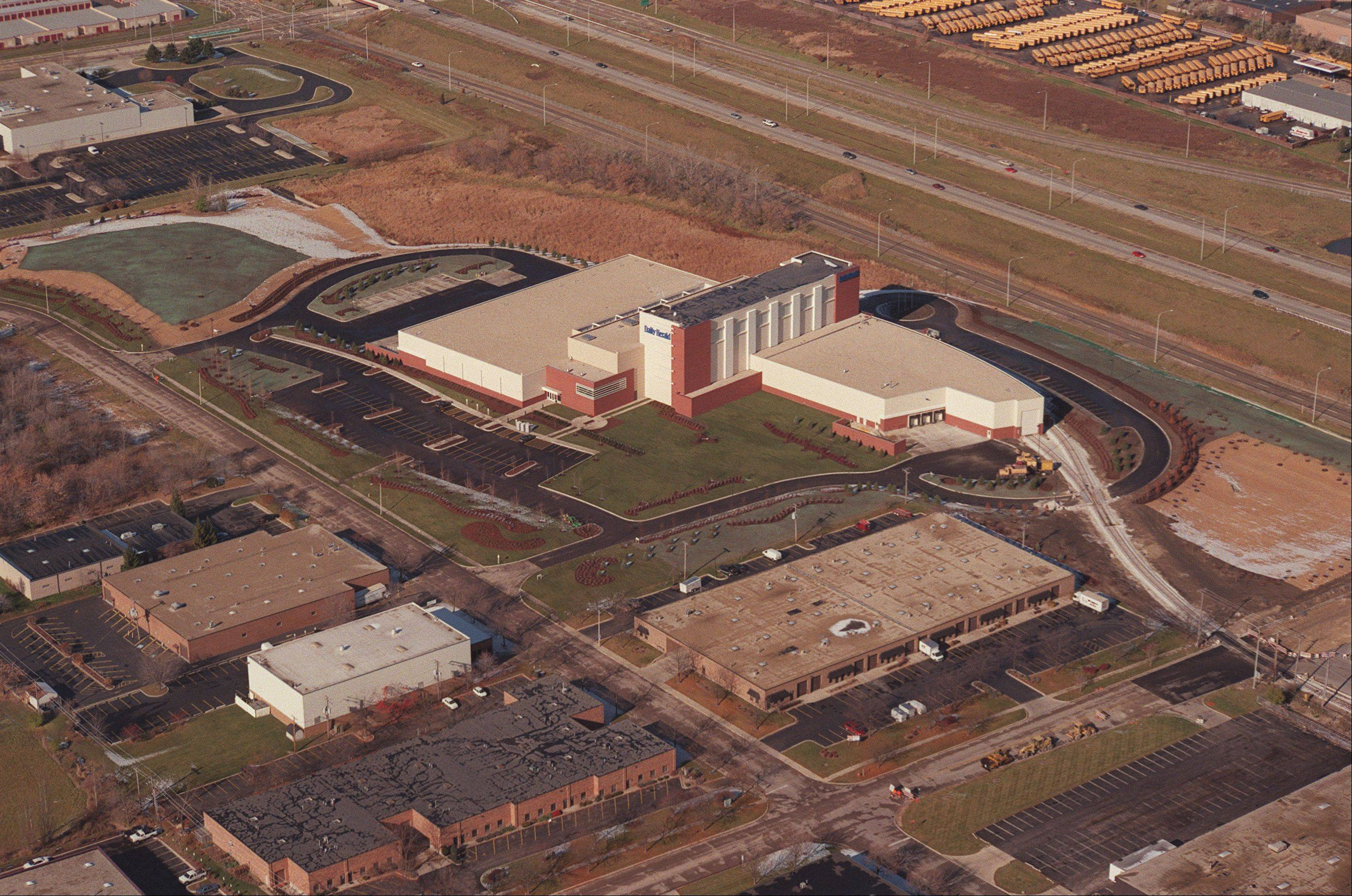 Aerial view of the Paddock Printing Center in Schaumburg.