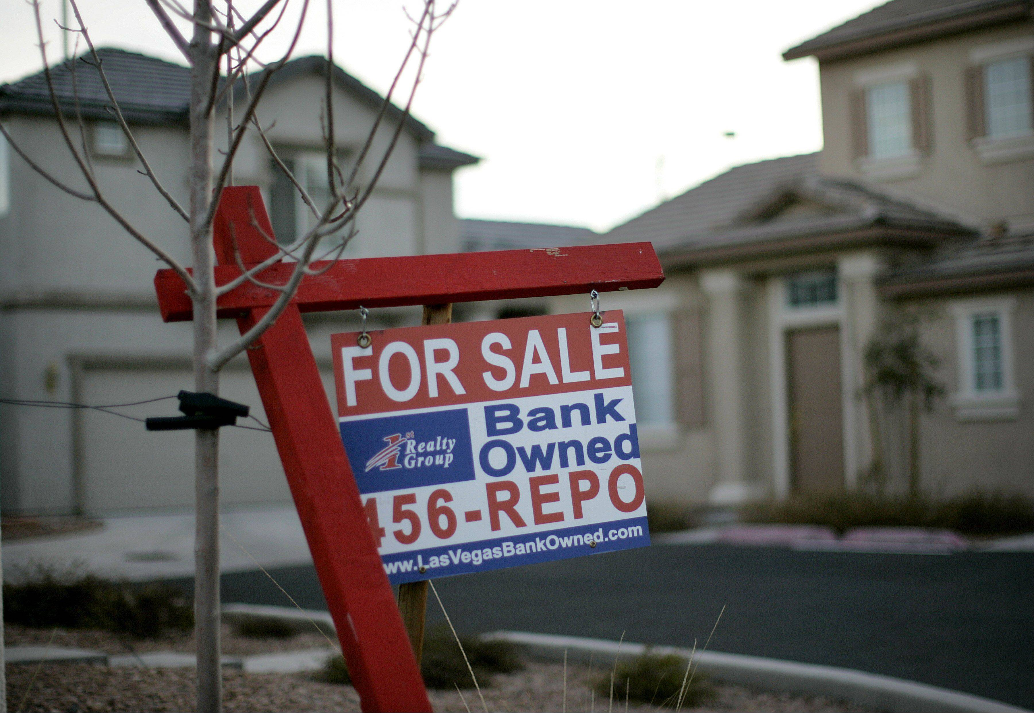 Under new foreclosure rules in Illinois, lenders must send a specific notice of the sale date to individual homeowners, instead of just advertising it in newspapers.