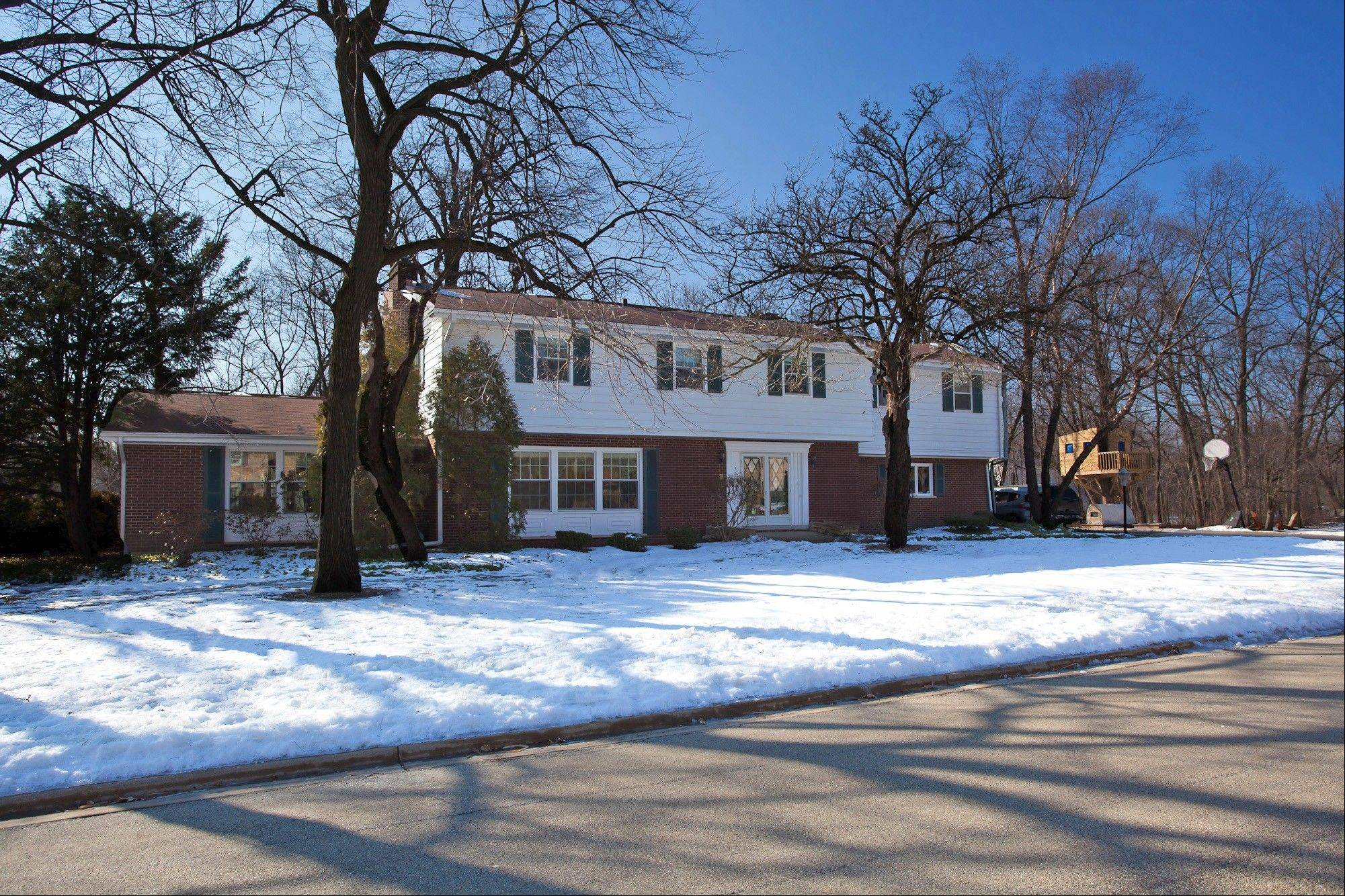 This recently listed home is in the family-friendly Forest Estates neighborhood in Palatine.