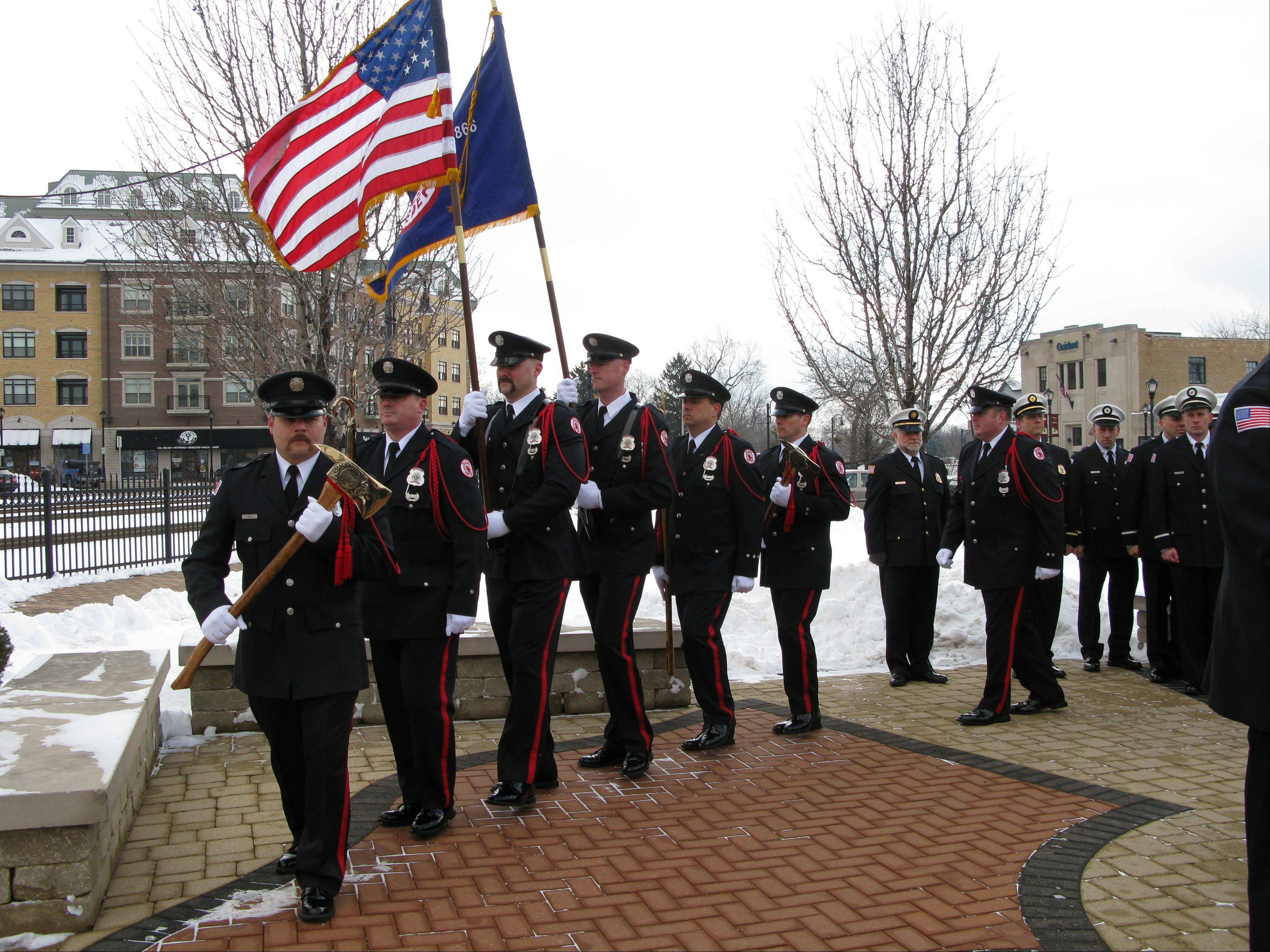 The Palatine Fire Department Honor Guard procession honored the memory of three fallen volunteer firefighters Saturday who were killed in a fire on this date 40 years ago. Roughly 200 people, including firefighters from area departments, attended the ceremony at the Firefighters Memorial at the corner of North Brockway and West Slade streets in downtown Palatine.