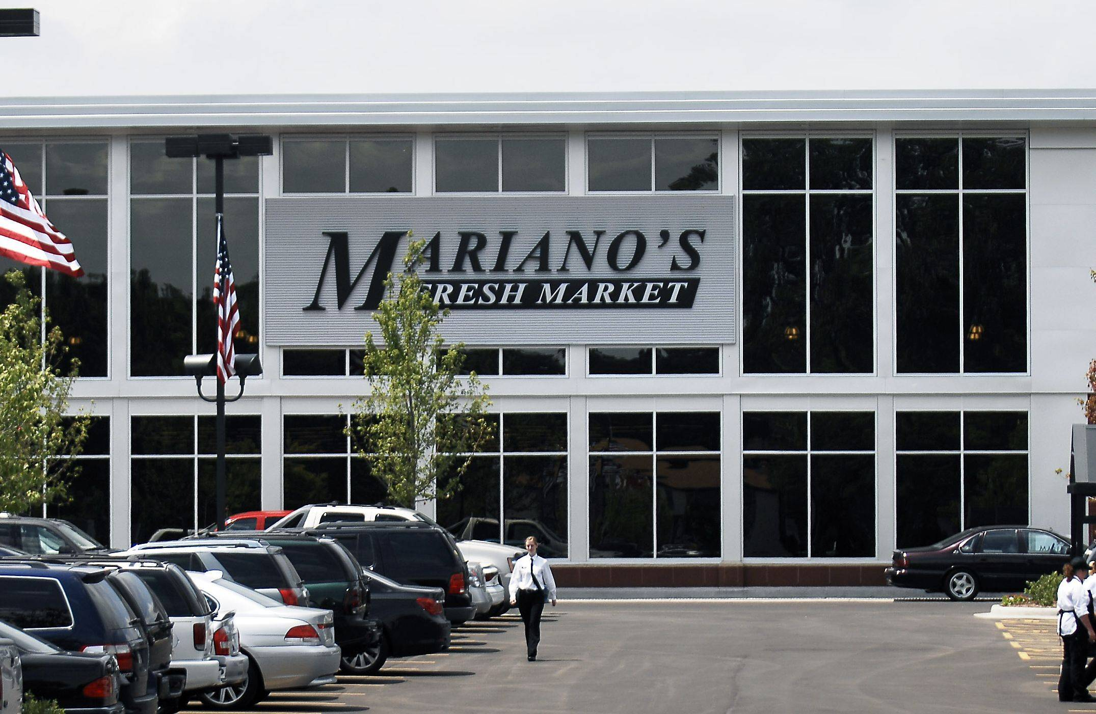 Mariano's Fresh Market opened in 2010 in Arlington Heights. It opened in 2012 in Palatine and Hoffman Estates.