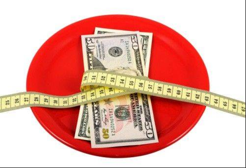 Several websites, including HealthyWage.com, lets dieters bet their own money that they'll meet a weight loss goal.