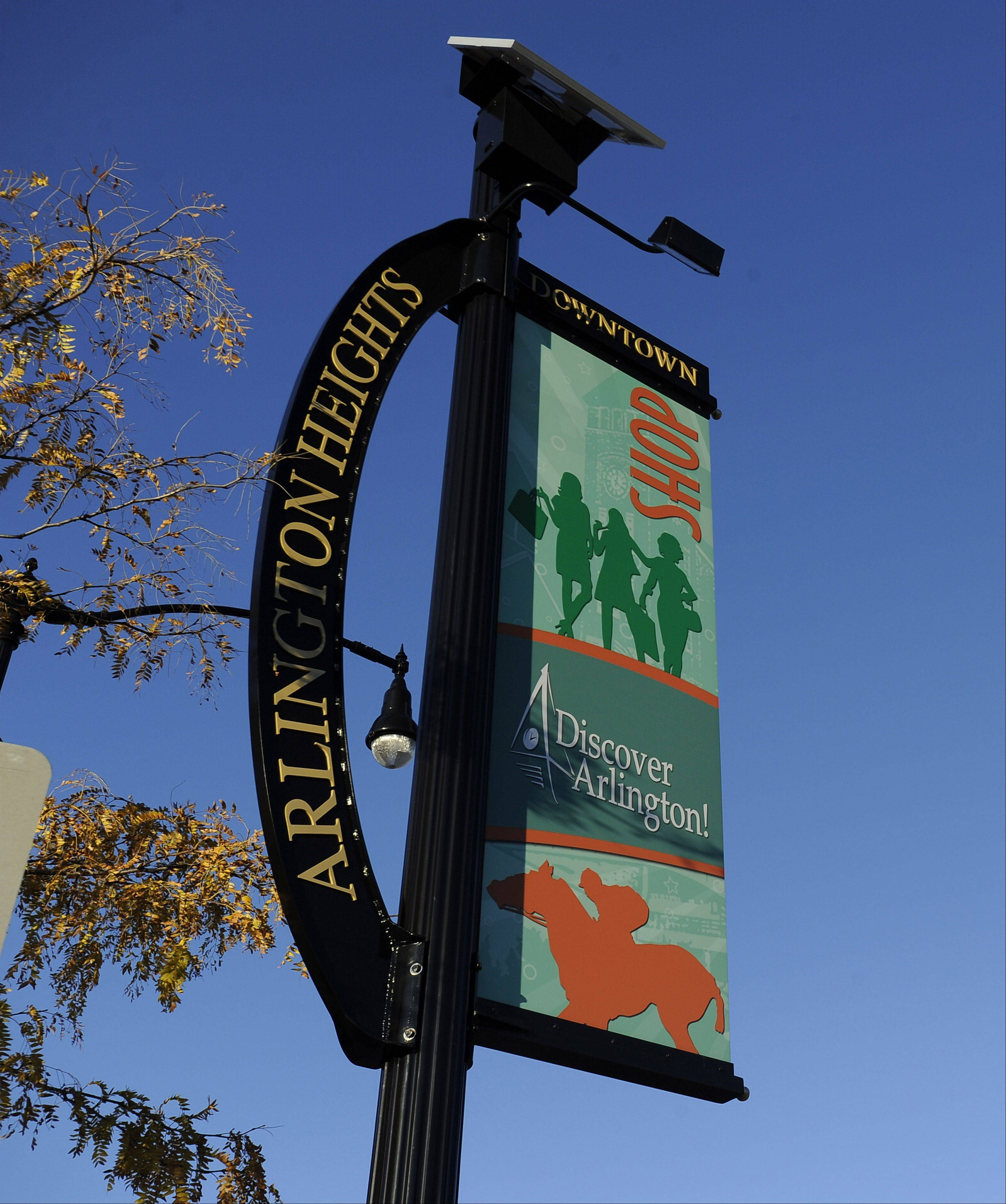 The Discover Arlington campaign on a banner in downtown Arlington Heights.