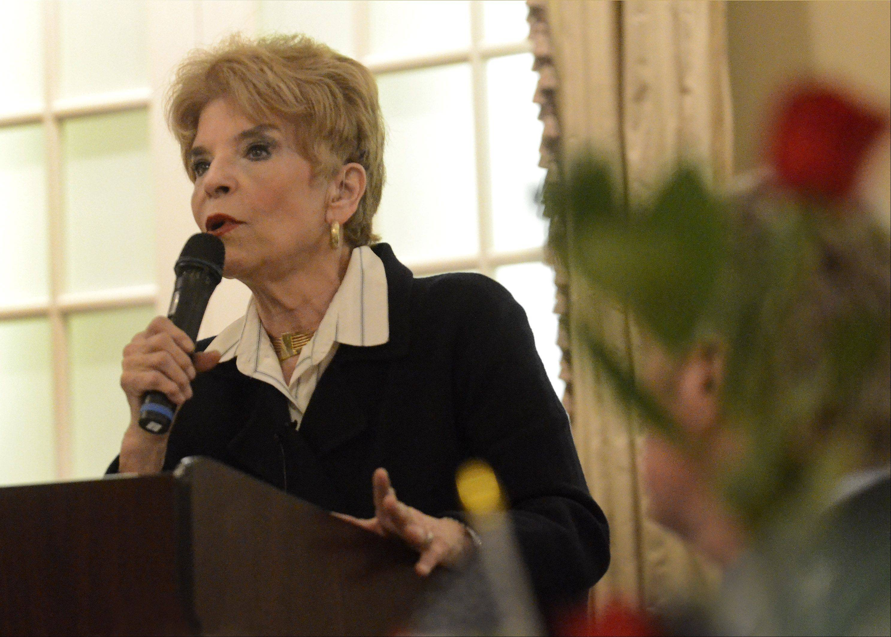 Illinois Comptroller Judy Baar Topinka speaking at the Biz6 Plus Multi-Chamber Collaboration Business Luncheon.