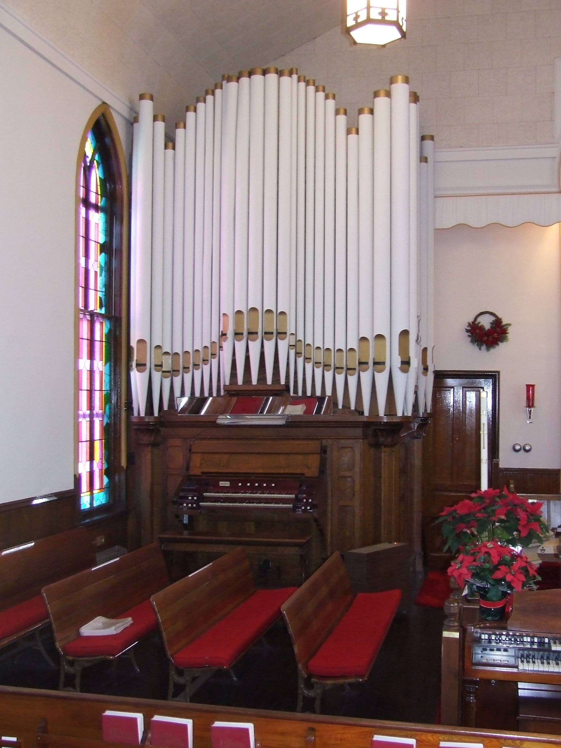 The historic 1911 Hinners Tracker Organ at Zion United Church of Christ, Carpentersville
