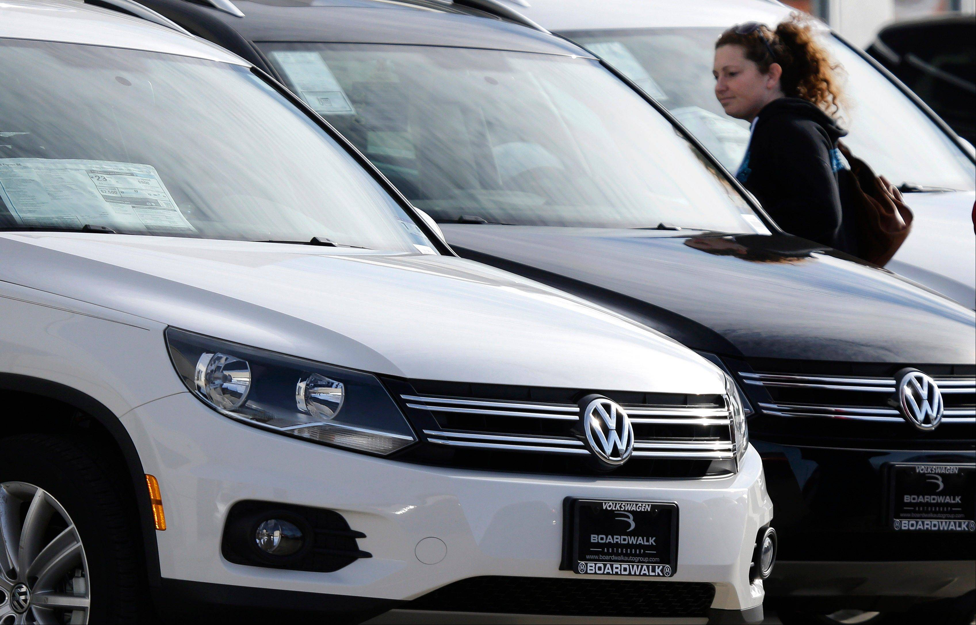 Industry analysts expect February�s sales to be up about 7 percent from a year earlier as pent-up demand and cheap financing kept the U.S. auto sales recovery powering along. Volkswagen reported its best February since 1973.