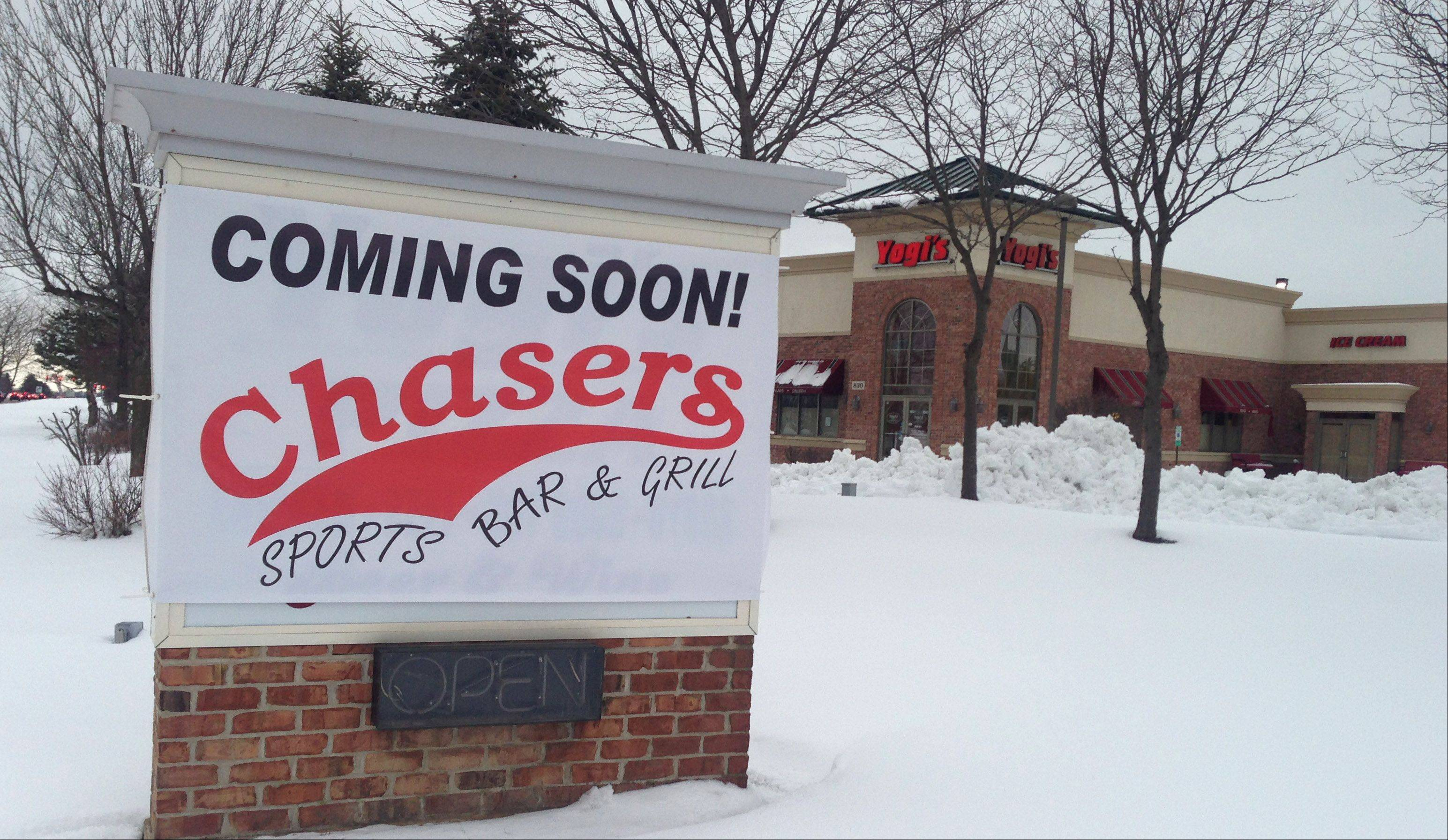 Chasers Sports Bar & Grill, which has operated in Niles for more than 20 years, is expanding to replace the vacated Yogi's Pizza in Lake Zurich.
