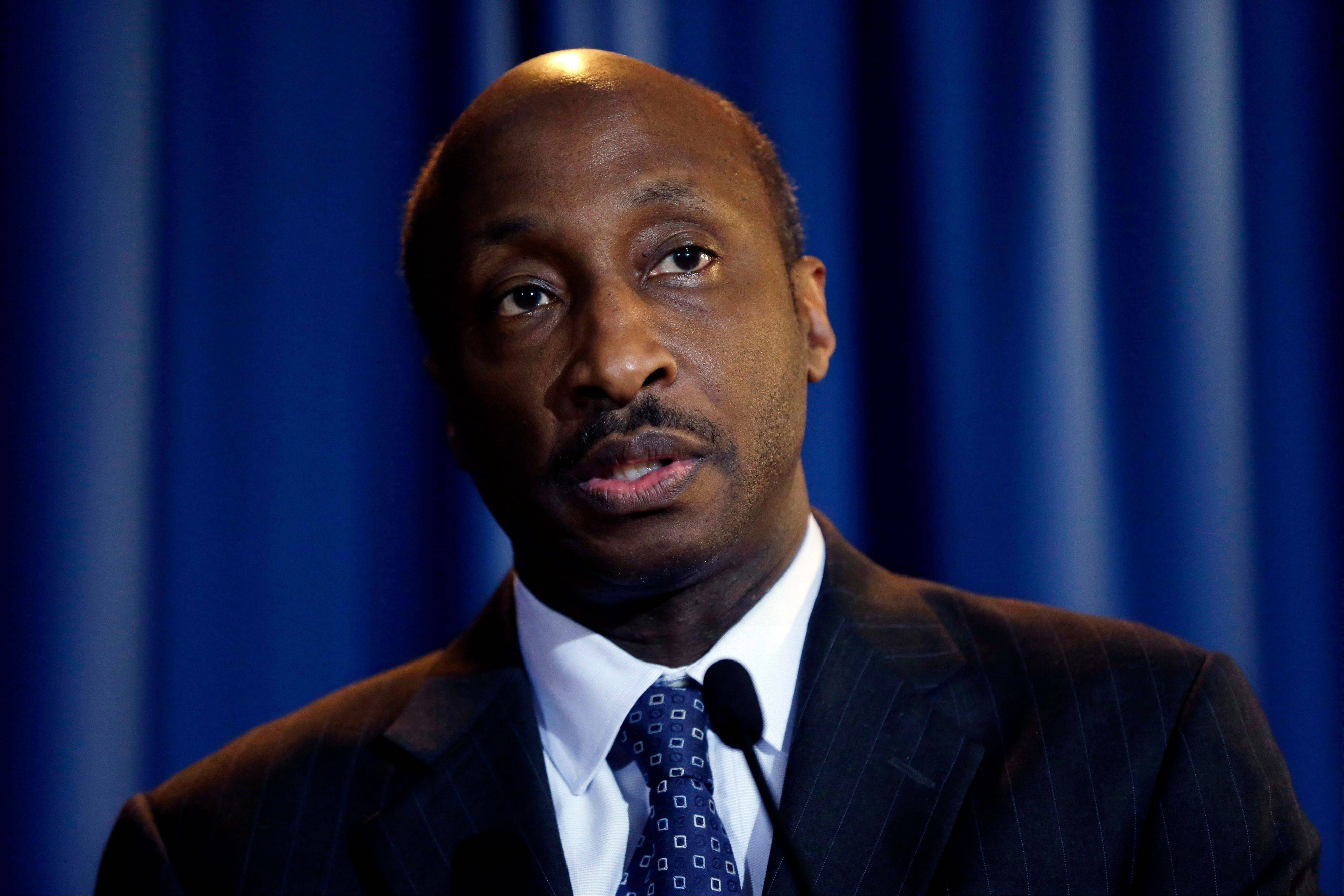 Merck CEO Kenneth Frazier is convinced nearly everyone, from patients to long-term investors, wants the world's third-largest drugmaker to take big risks. One of Merck's biggest gambles is the tens of millions it's pouring into an experimental treatment for a new type of Alzheimer's drug.