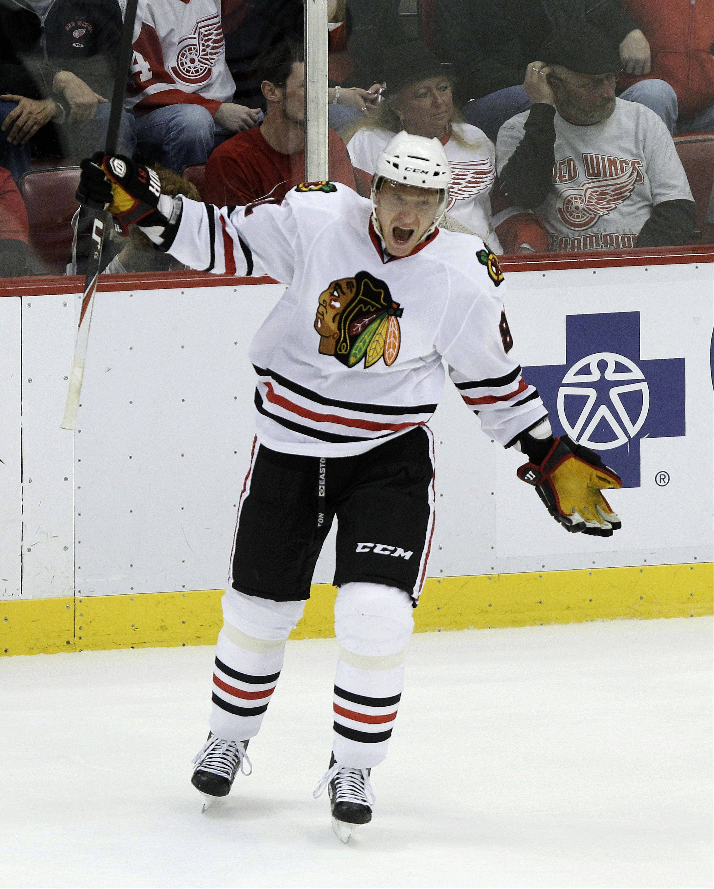 Marian Hossa is a consummate professional who gives his all on every shift and represents the Blackhawks and his sport with distinction, according to Bob Verdi.