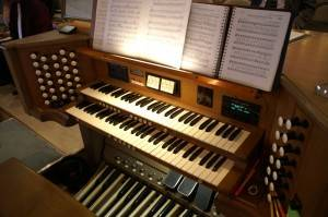 Organ Console at the Barrington Presbyterian Church from which organist Richard Leasure will play the organ's 1159 pipes