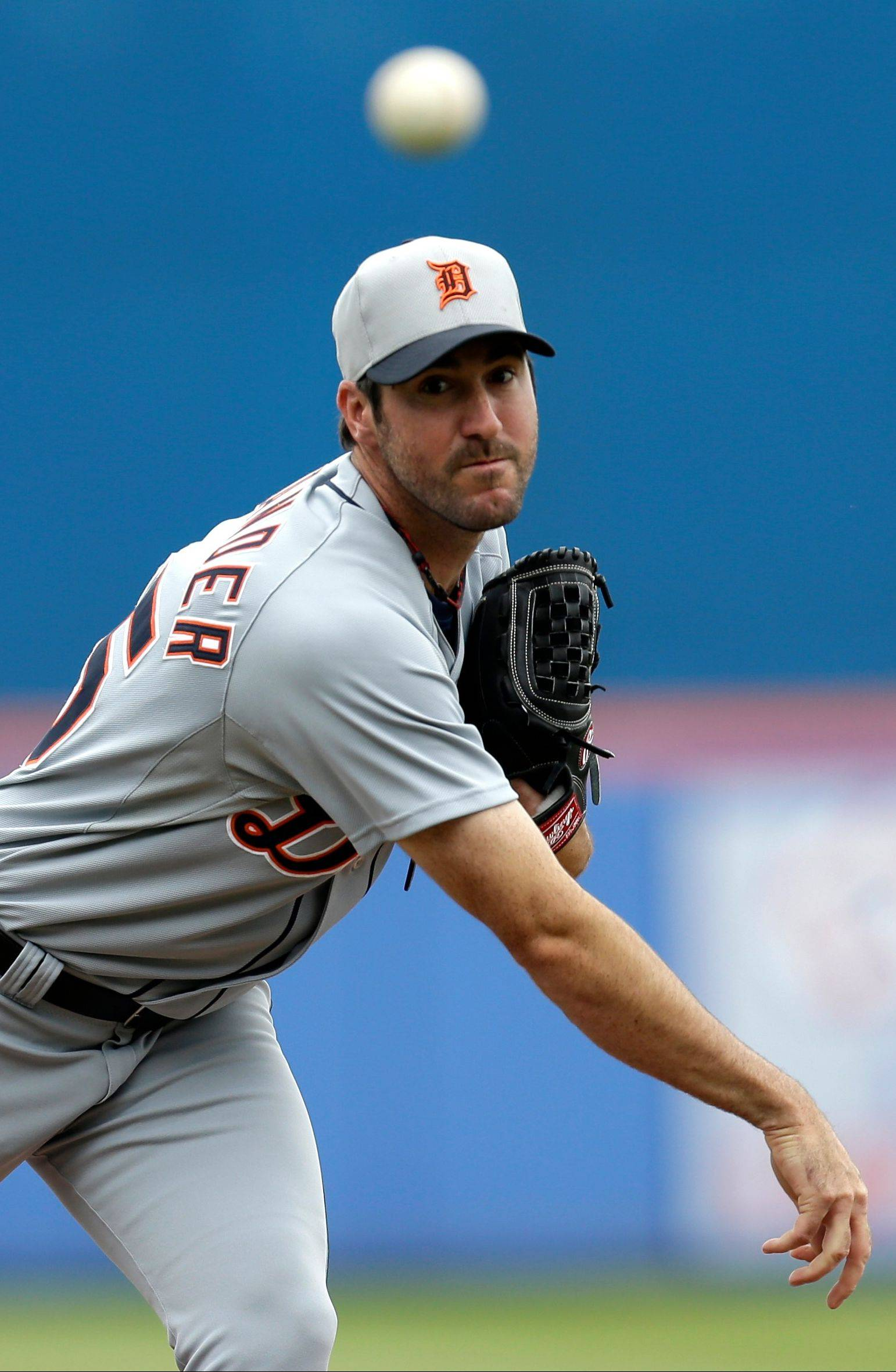Detroit Tigers pitcher Justin Verlander warms up Friday in an exhibition game. The Tigers are clearly the AL Central's most talented team on paper, Scot Gregor says, and Verlander is widely thought to be the best starting pitcher in the game.