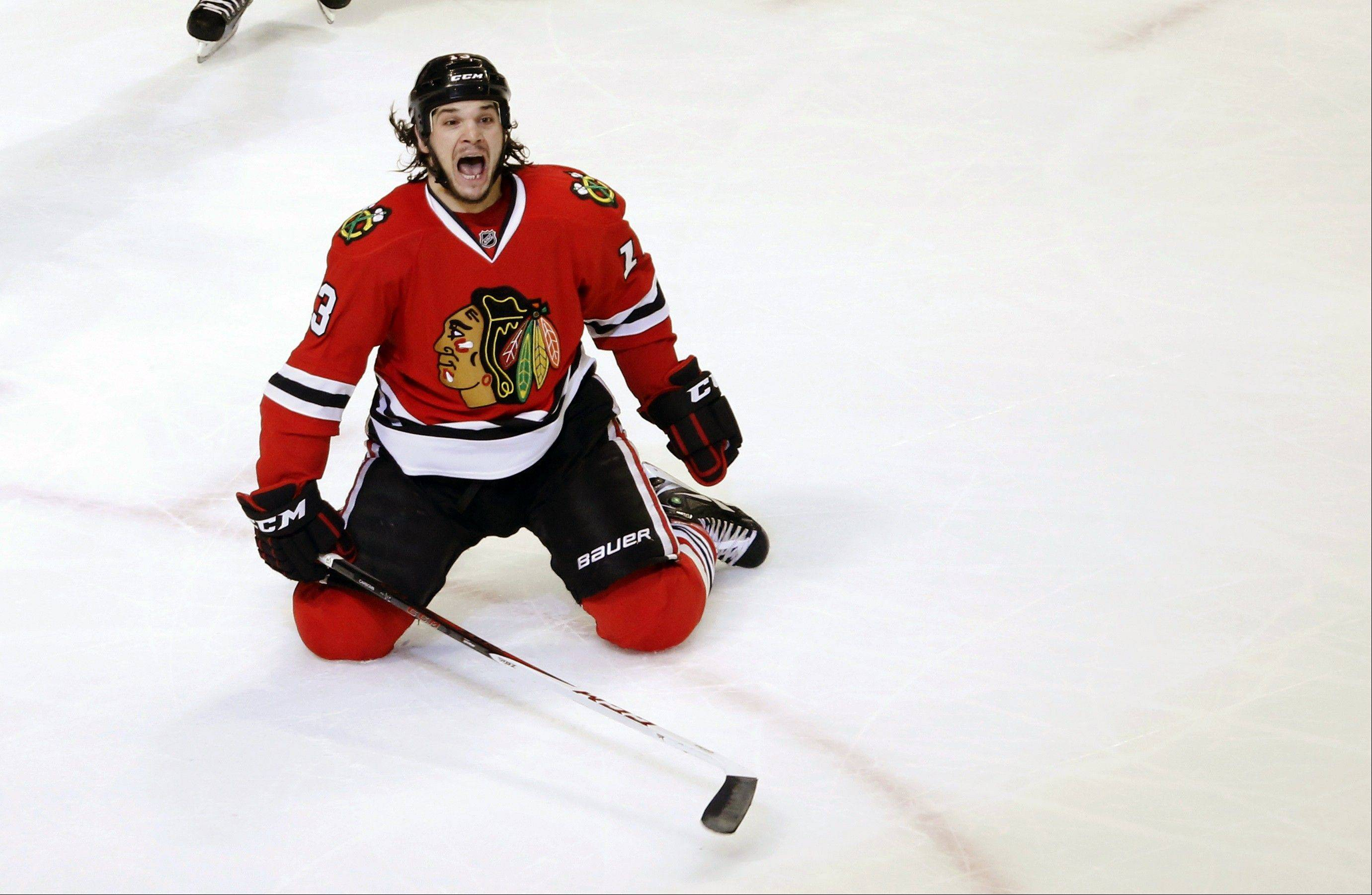 Carcillo latest Blackhawks hero