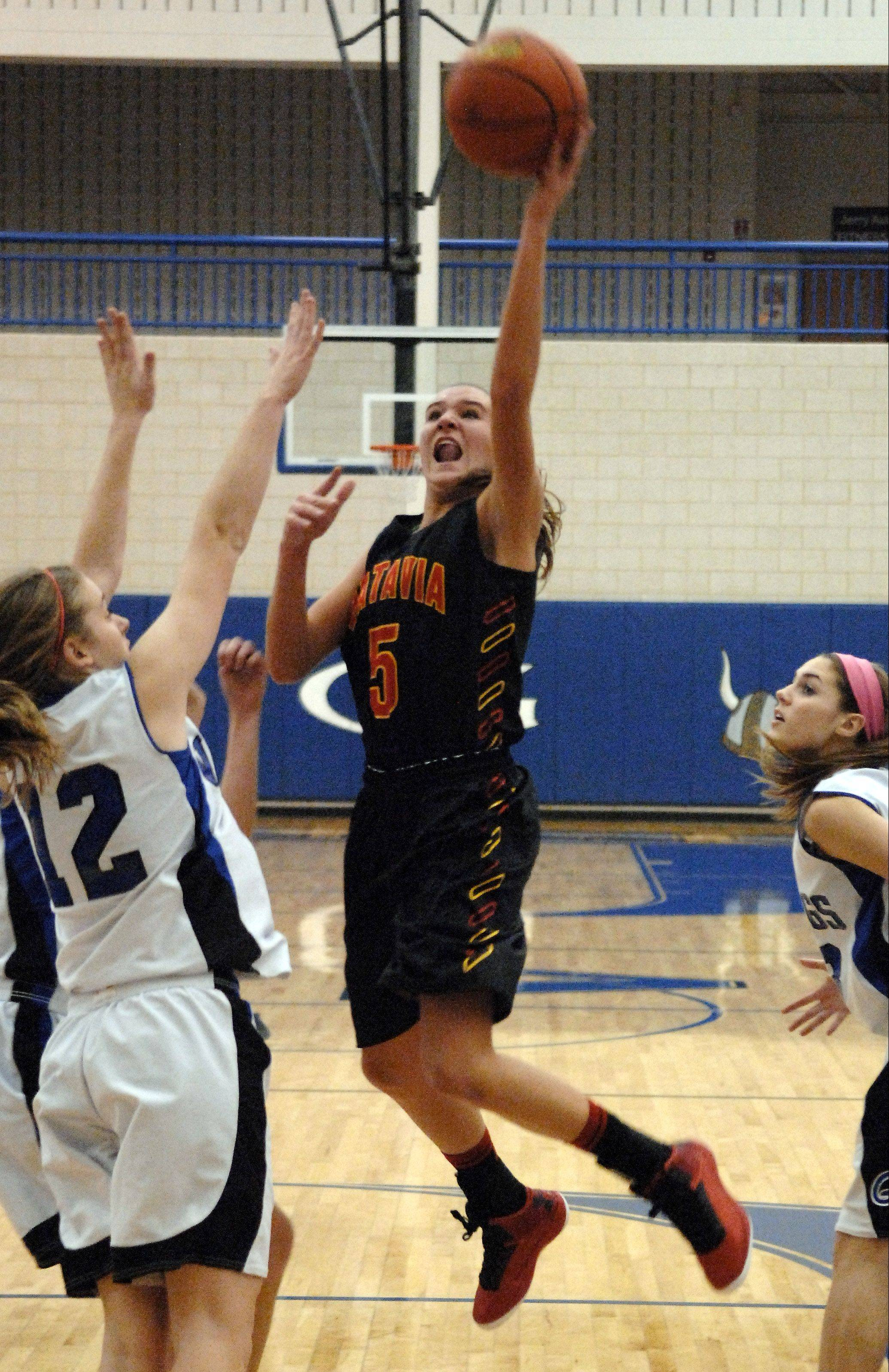 Batavia�s Liza Fruendt led the area in scoring with drives to the basket like this and also by draining 80 3-point baskets.