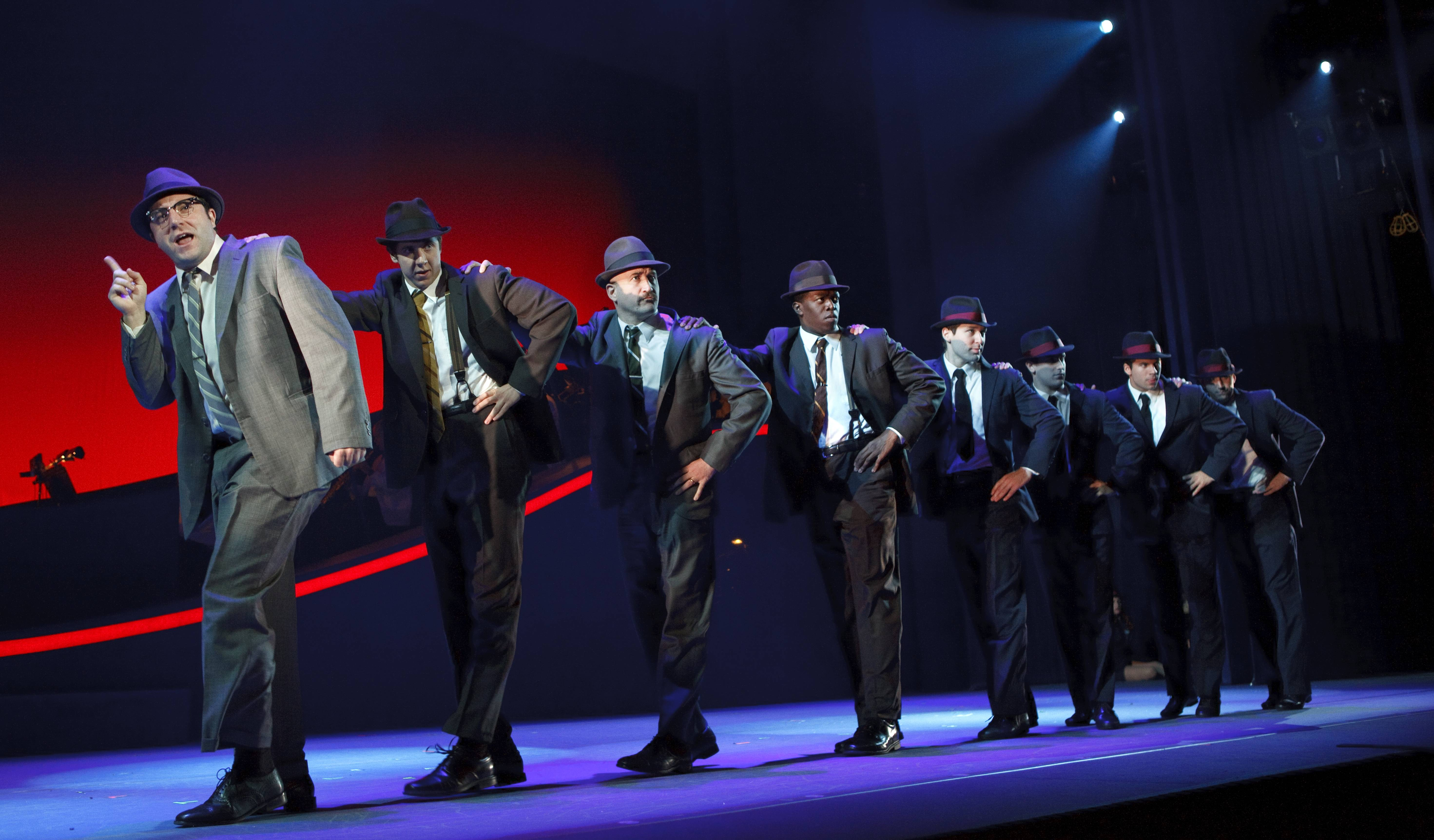 "The touring version of ""Catch Me If You Can"" is headed for Chicago to play the Cadillac Palace Theatre."