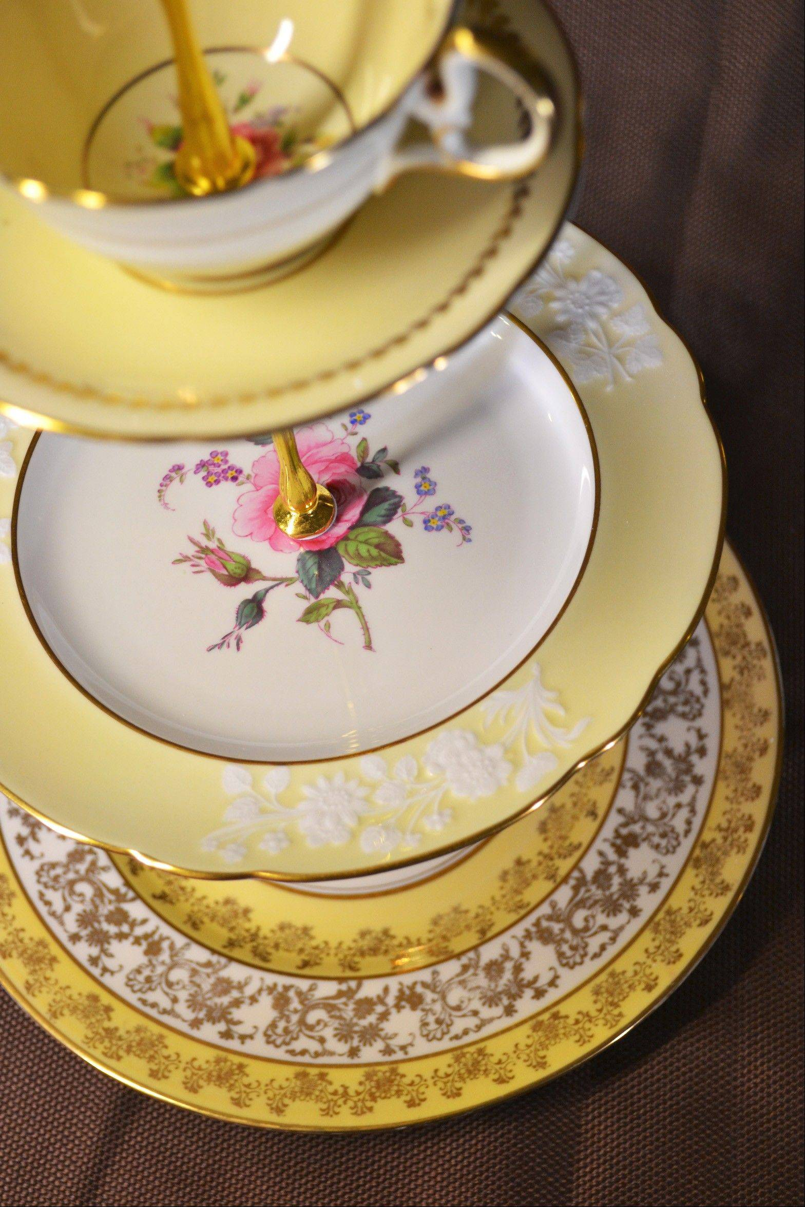 Tea Times Creations shows the final product of an upcycled-vintage-china project.