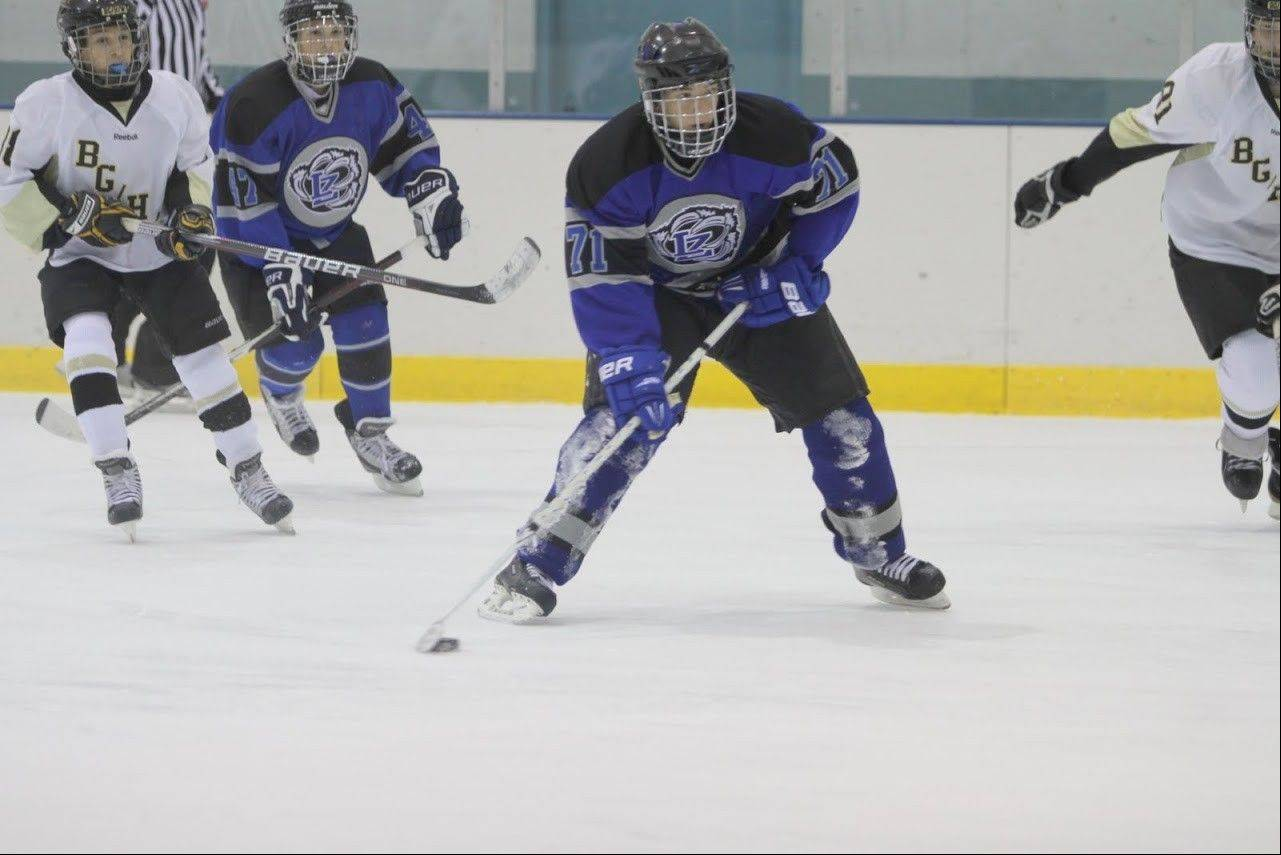 Lake Zurich junior center Niko Kakos never lost his passion for hockey this winter, despite the team's lack of success on the ice.
