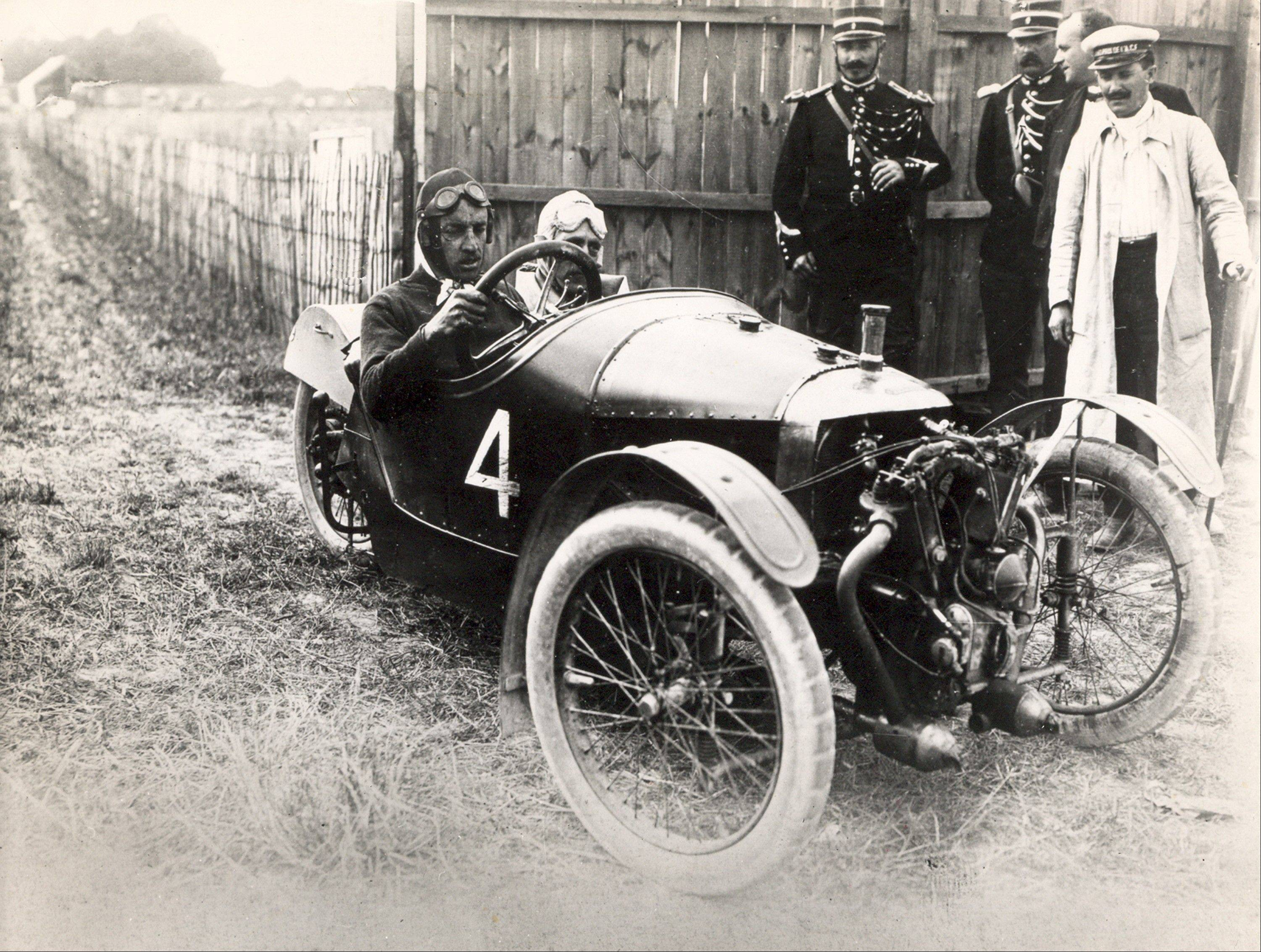 Morgan Motor Co. began producing three-wheeled cars in 1910, and they became favorites of racing enthusiasts.