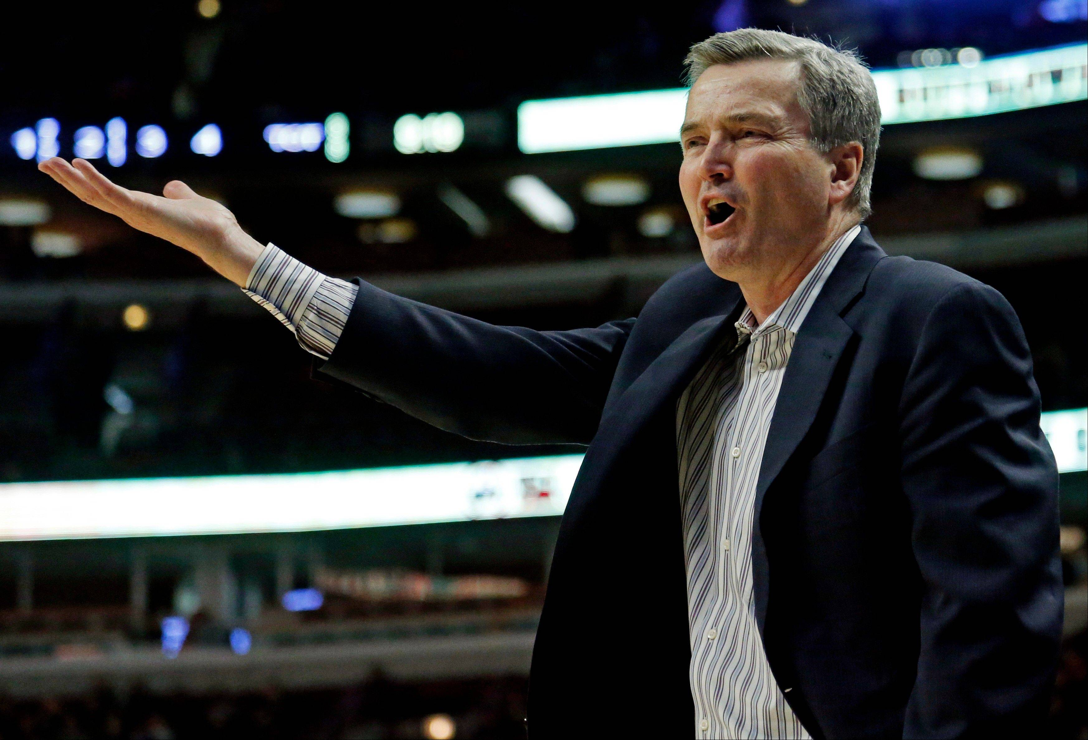 Northwestern head coach Bill Carmody reacts during the second half.