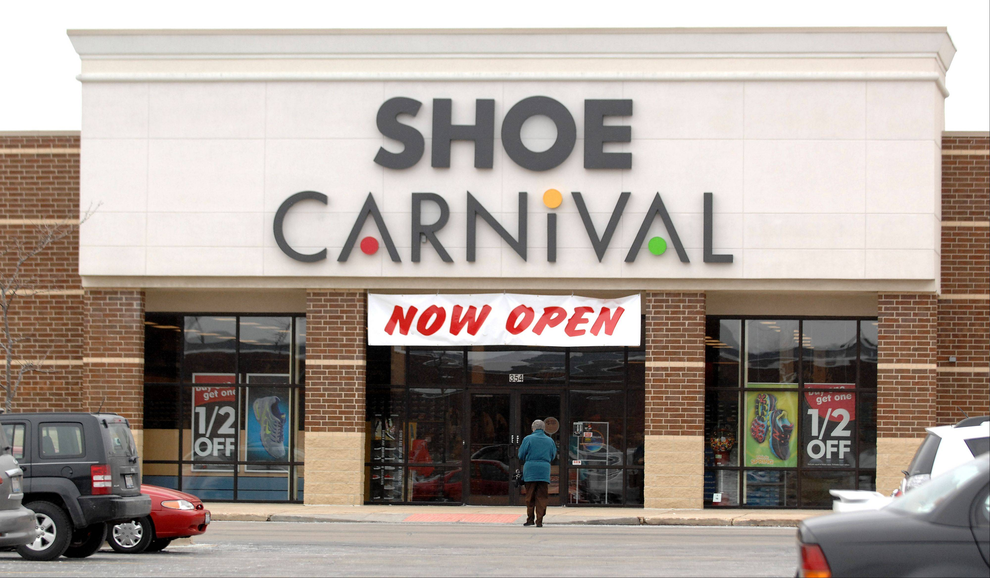 Shoe Carnival has opened a new location on Randall Road in South Elgin near Kohl's and TJ Maxx.