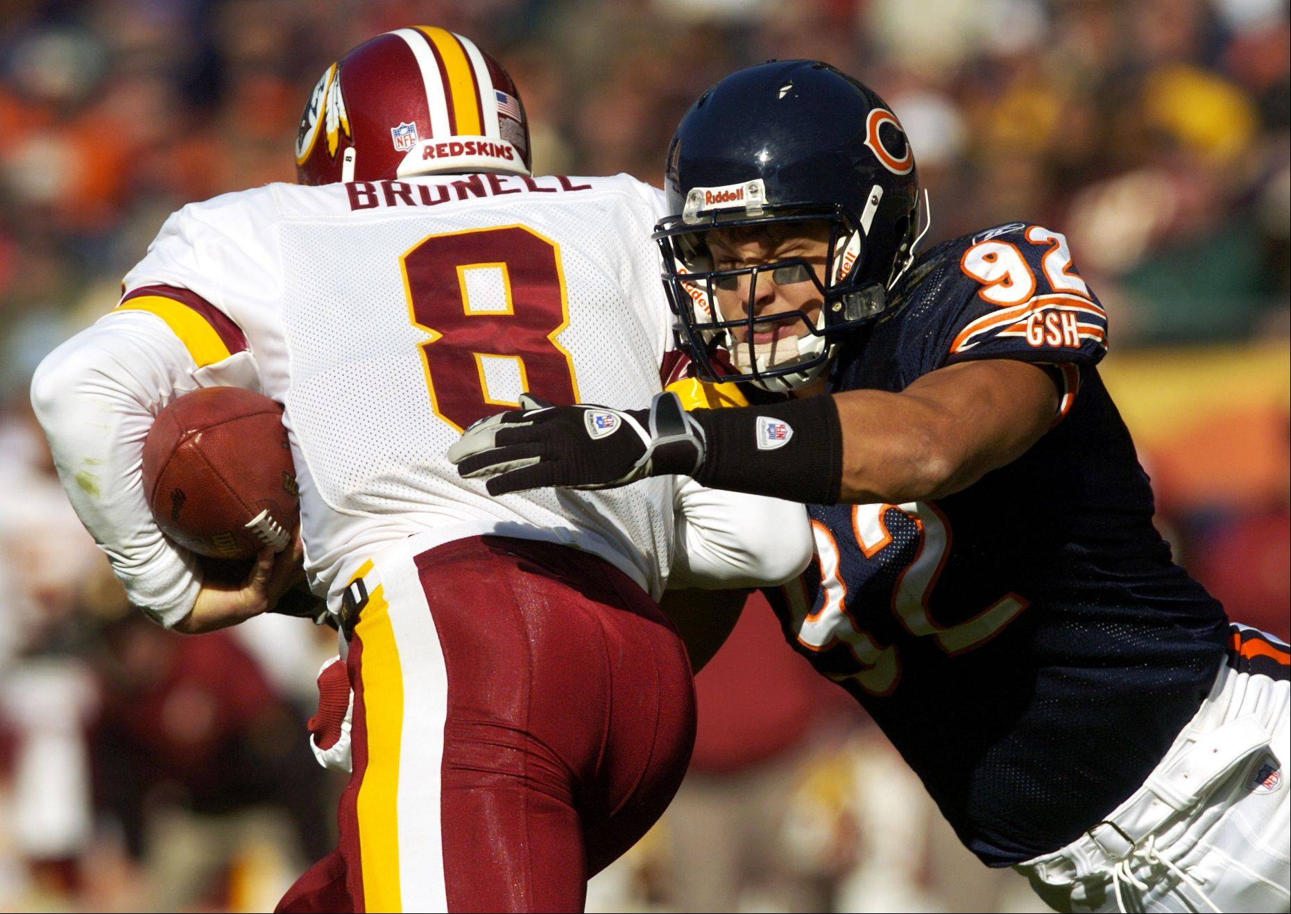Former Bear Hillenmeyer supports limiting kids' tackling in practice