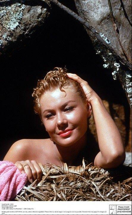 "Mitzi Gaynor starred in the 1958 film musical ""South Pacific."" For a short time, Gaynor lived with her grandmother in Elgin."