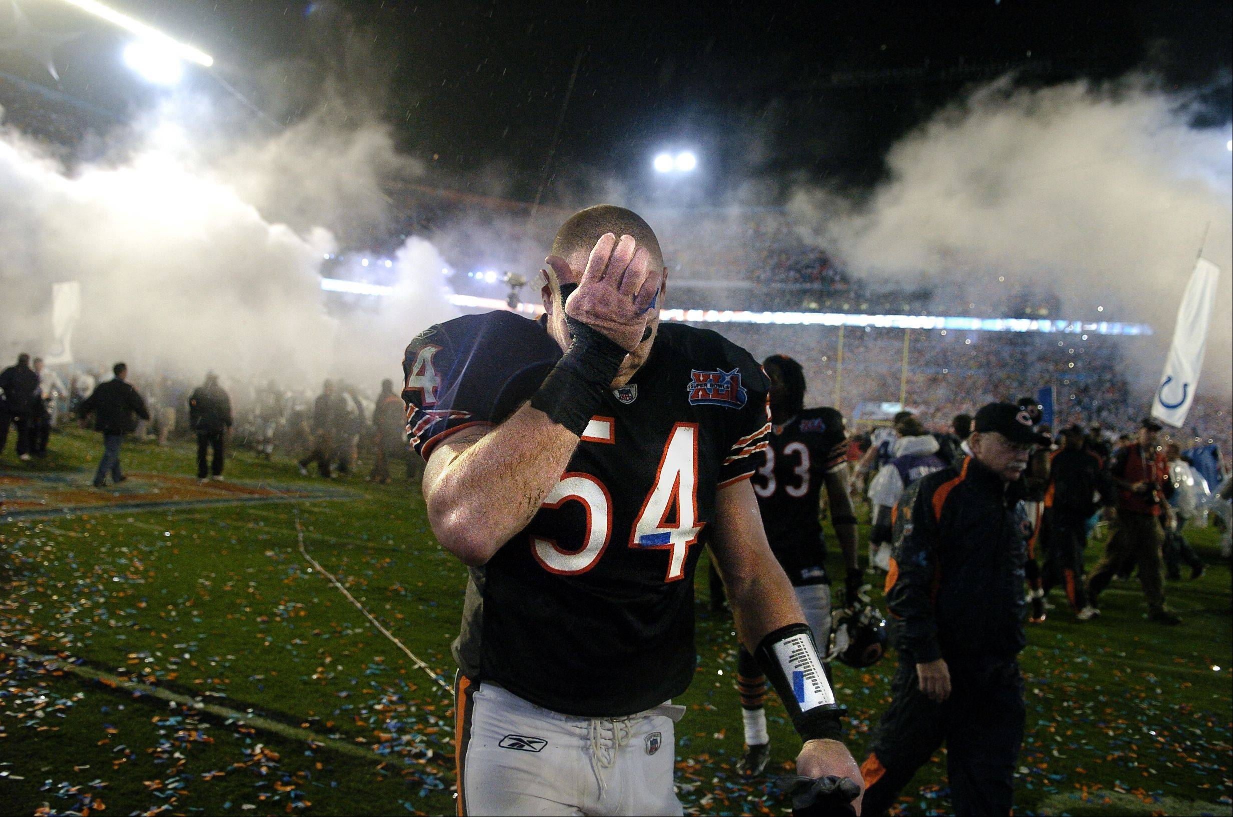 Super Bowl XLI Chicago Bears vs. Indianapolis Colts at Dolphin Stadium in Miami. Chicago Bears middle linebacker Brian Urlacher reacts to the loss.