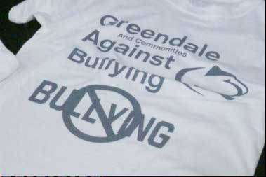 Former Green Bay Packers player Gilbert Brown is helping high school students stand up against bullying. Brown visited the high school in the Milwaukee suburb of Greendale Wednesday night where he talked about his own experiences growing up and being bullied. The former nose tackle says bullying about his weight had a life changing impact.
