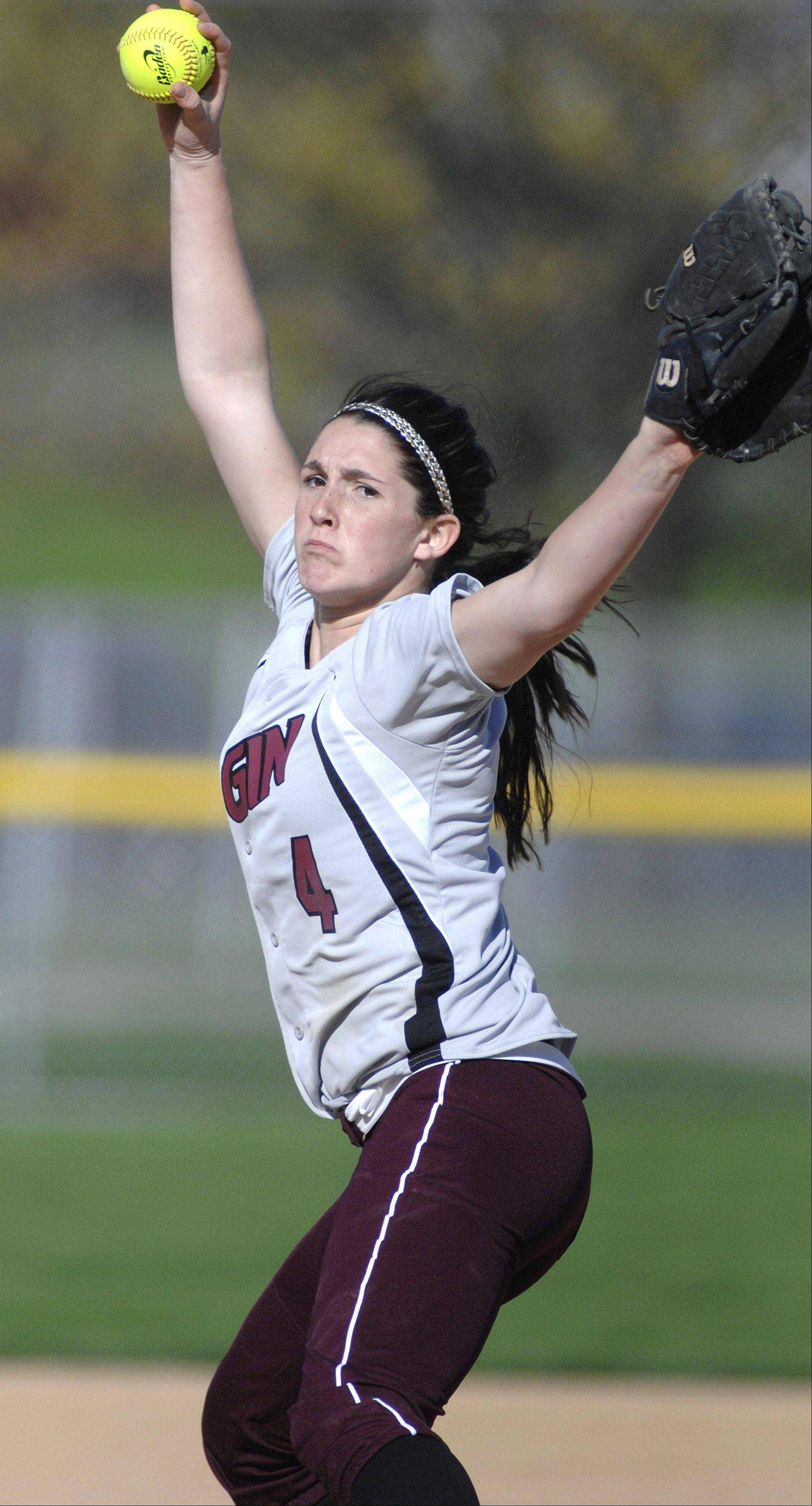 Elgin junior Jennah Perryman is back to lead the Maroons this season.