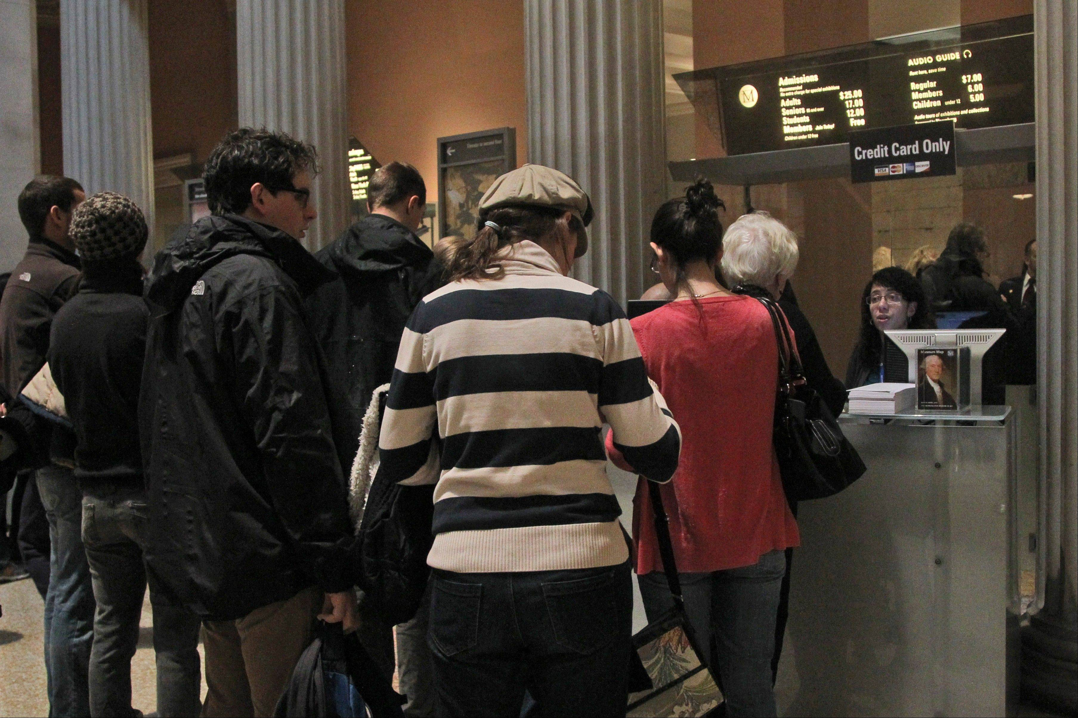 The entrance fee at the Metropolitan Museum of Art in New York is merely a suggested donation: You can pay what you wish but you must pay something.