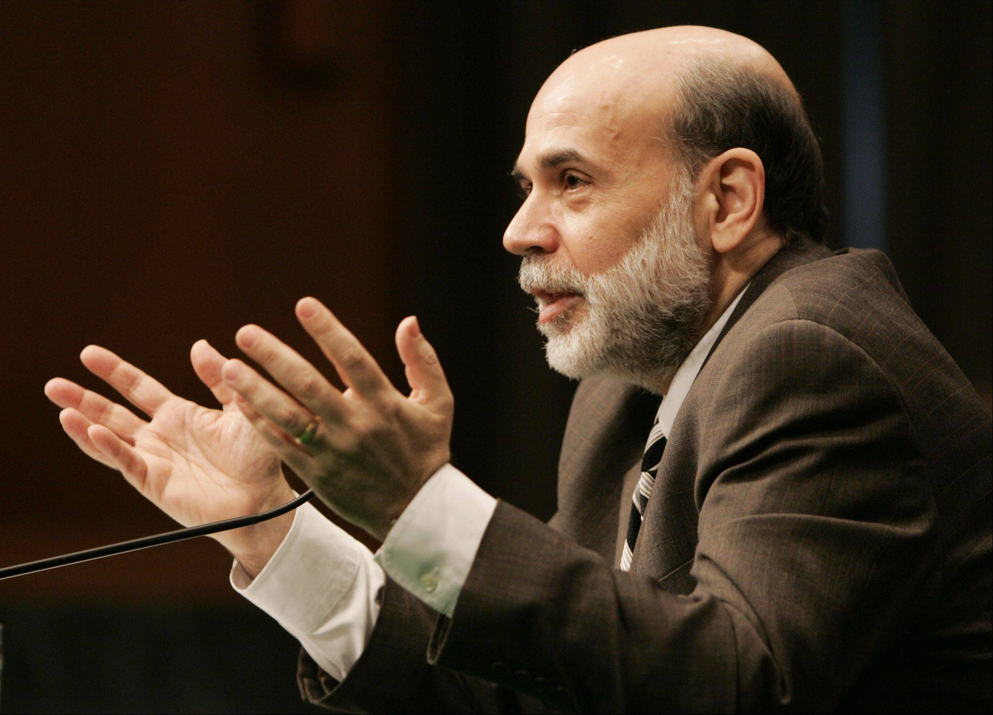 Chairman Ben Bernanke said Monday that the Federal Reserve�s low-interest-rate policies are helping to boost growth around the world and have created markets for products made in developing nations.