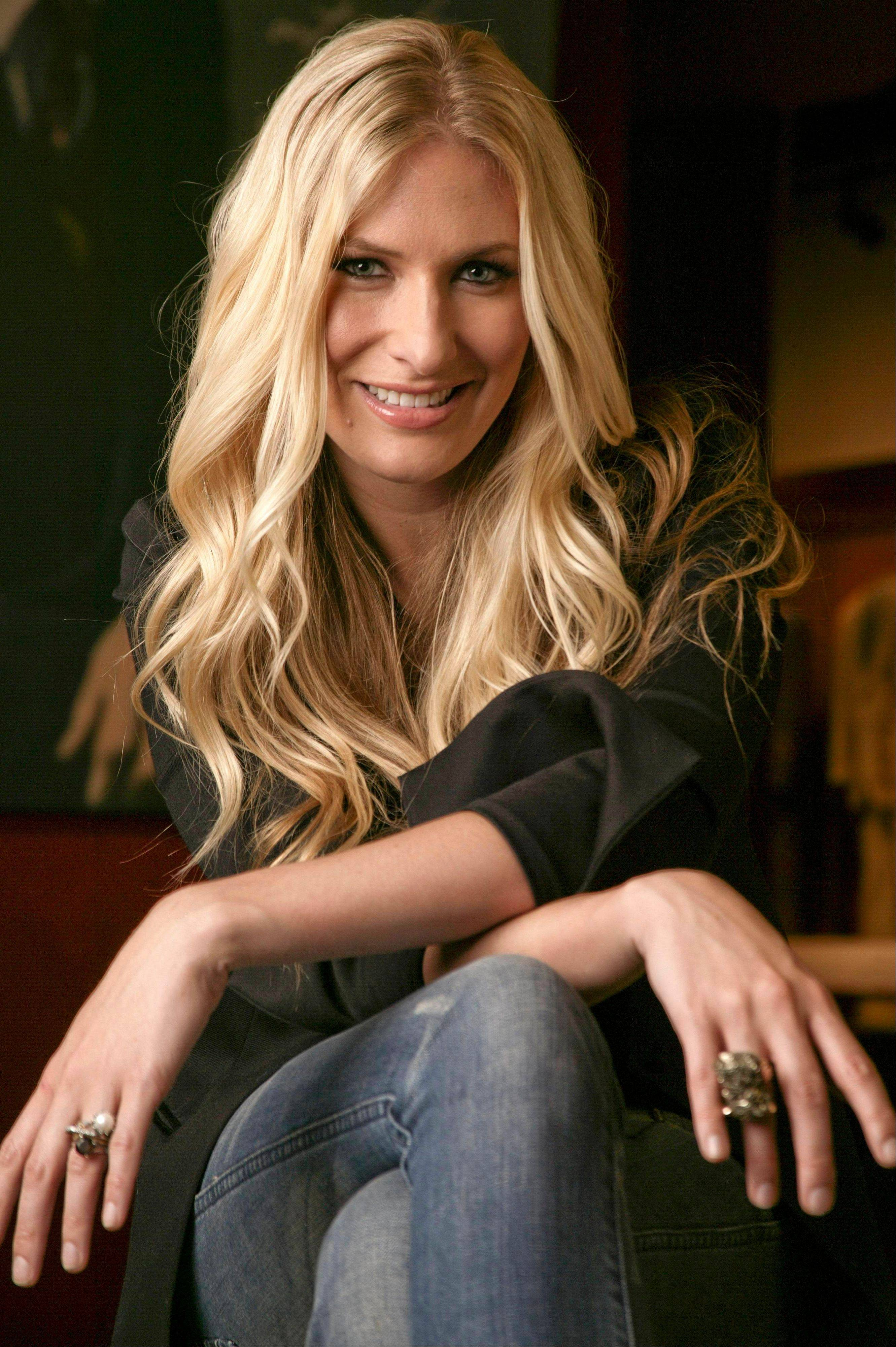 Holly Williams, daughter of Hank Williams Jr., acknowledges that with her musical pedigree she probably could have taken the fast track to success. Instead, she's been carving out her own career.
