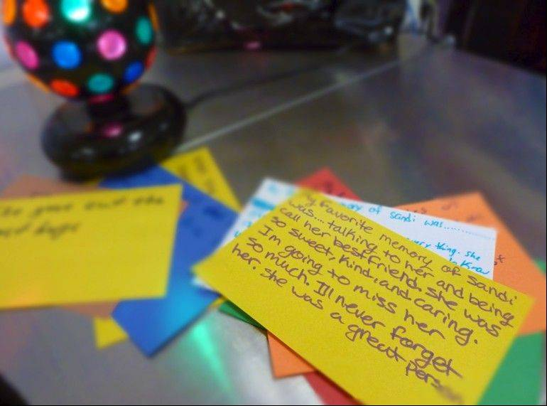 Students left heartfelt notes for Smith, who died March 17.