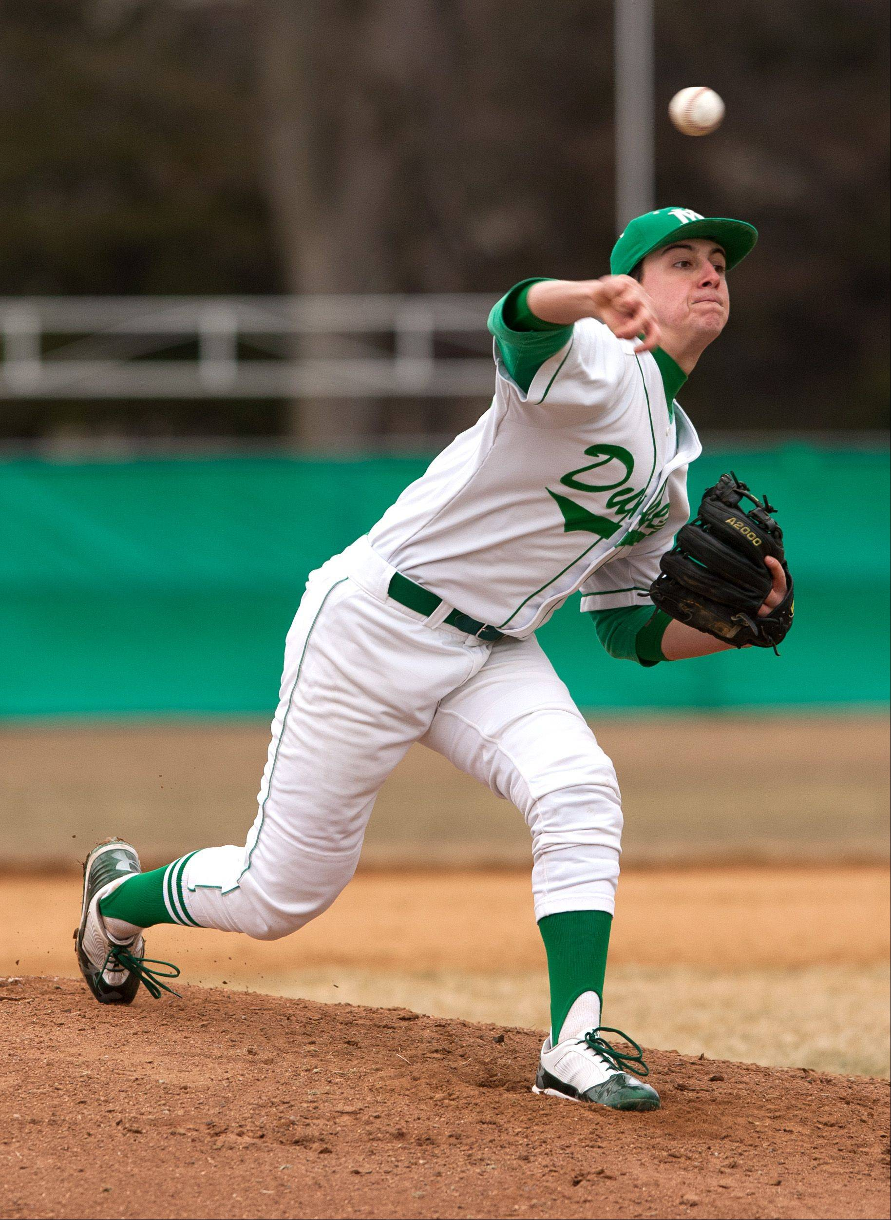 York's River Pitlock delivers a pitch against Benet during baseball action in Elmhurst.