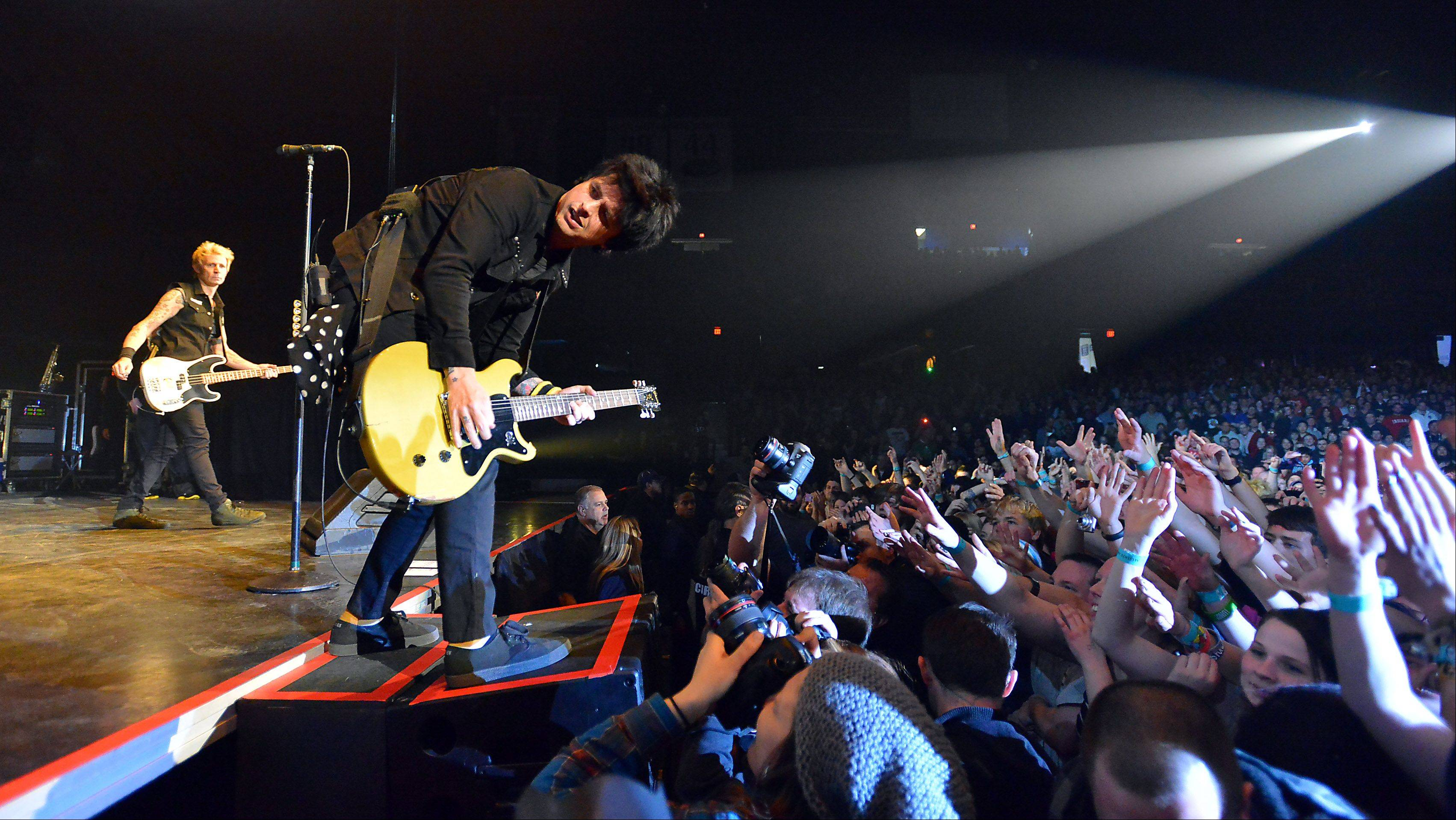 Lead singer Billie Joe Armstrong of Green Day rocks the Allstate Arena in Rosemont on Thursday.