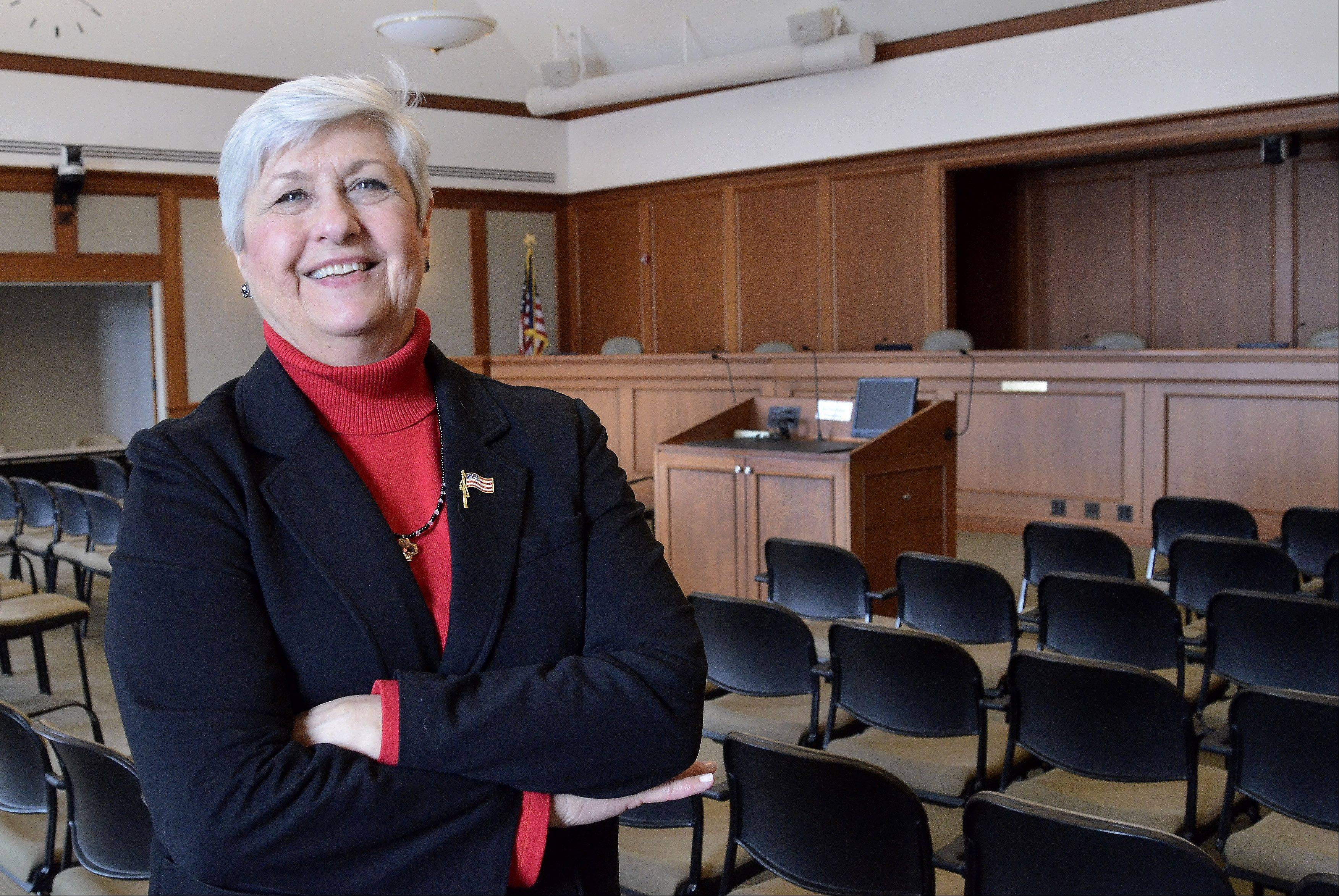 Mount Prospect Mayor Irvana Wilks will step down later this spring, bringing an end to more than 25 years of service to the village.