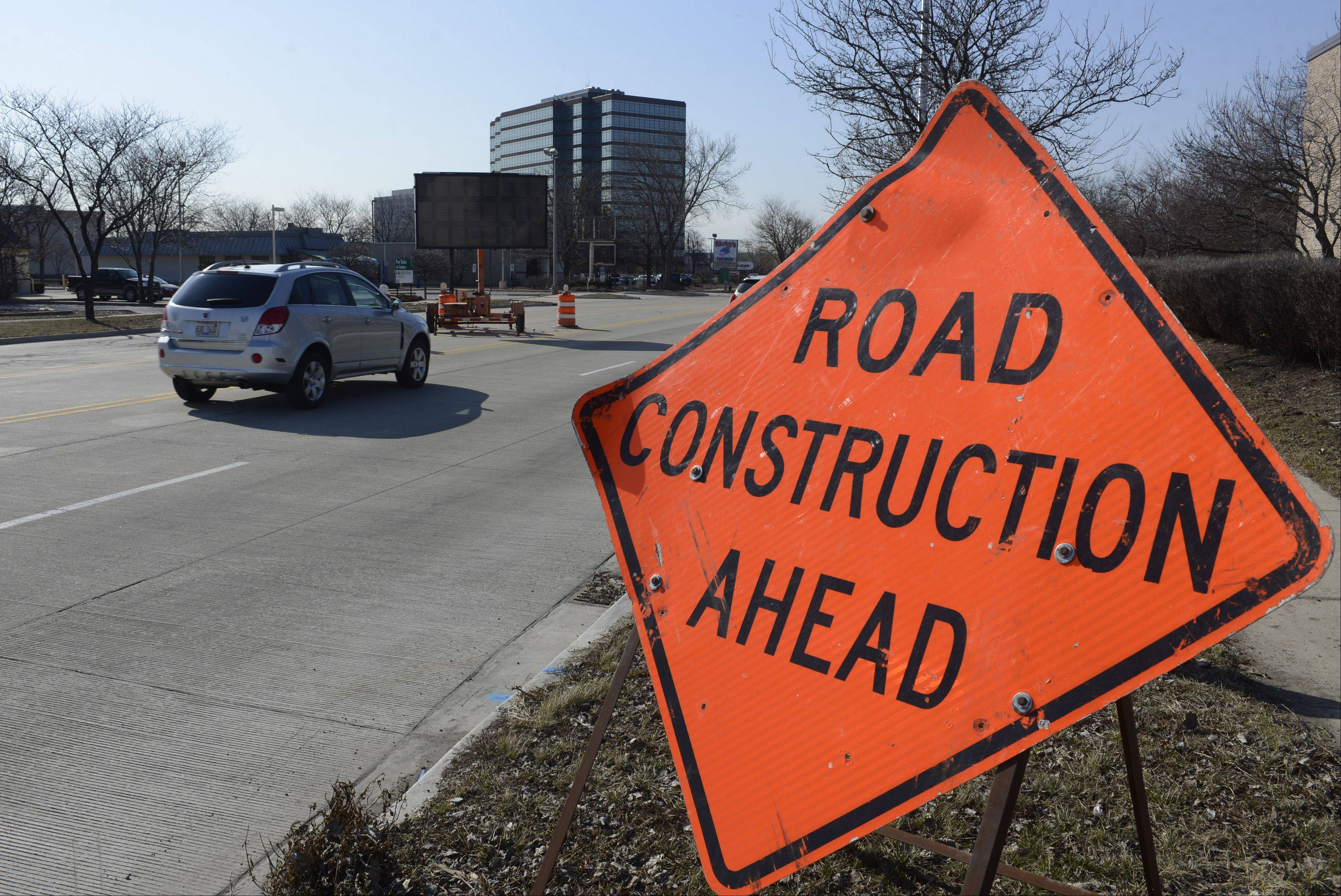 Signs have gone up alerting commuters that roadwork will start this week in the area of Golf and New Wilke roads in Rolling Meadows. The work, expected to be mostly complete in November or December, will expand Golf to three lanes between Algonquin Road and the Jane Addams Tollway overpass.