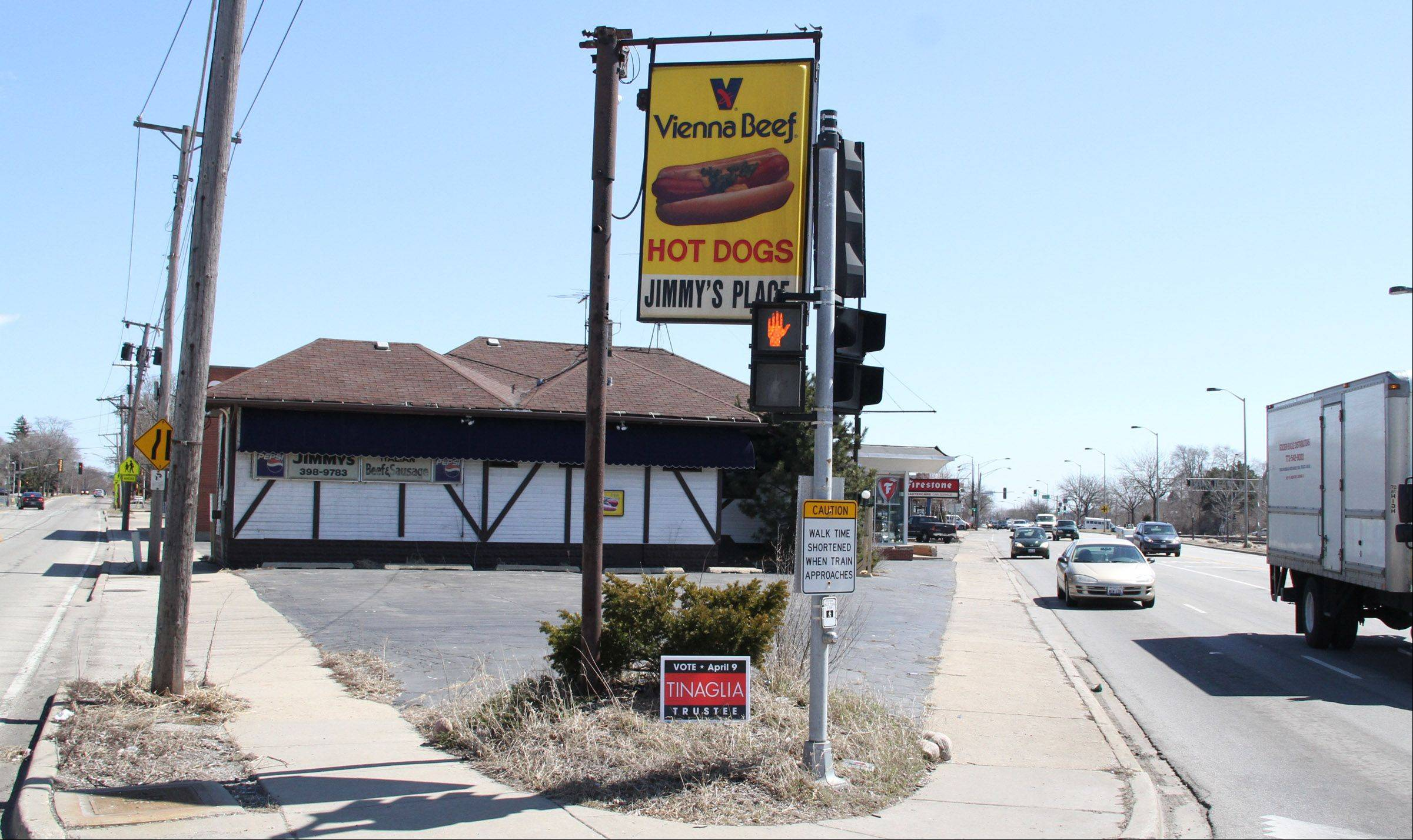 The site of the former Jimmy's Place, a staple in Arlington Heights for more than 50 years before it closed in 2011, will reopen later this year as Big Ang's. The new restaurant will feature hot dogs, sandwiches, fries and Italian Ice.