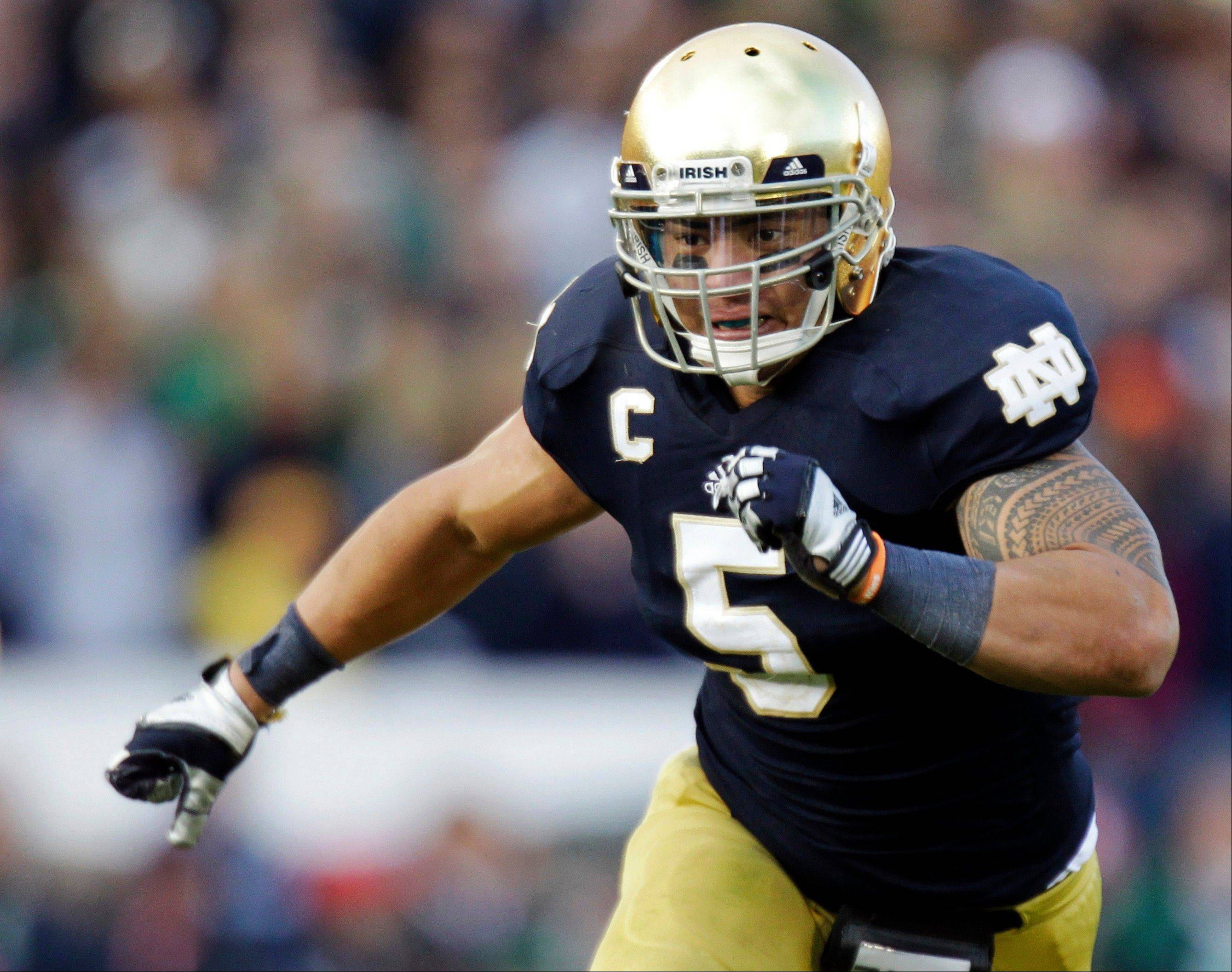 Notre Dame linebacker Manti Te'o chases the action during the second half against BYU in South Bend.