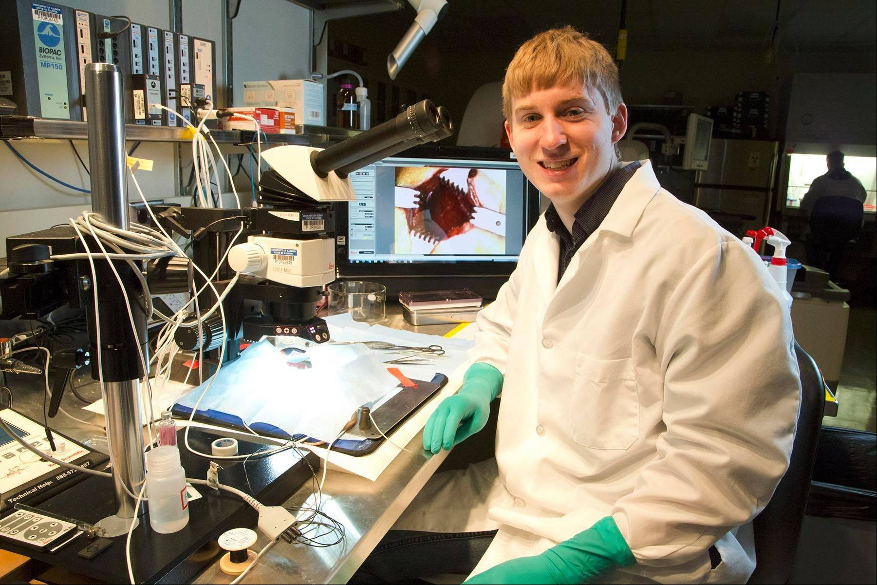 University of Illinois senior Matt Schuelke assists with cutting-edge imaging research aimed at benefiting diabetic patients. The Hoffman Estates native, who five years ago suffered a serious brain injury while skiing, has been accepted into multiple M.D./Ph.D. programs.