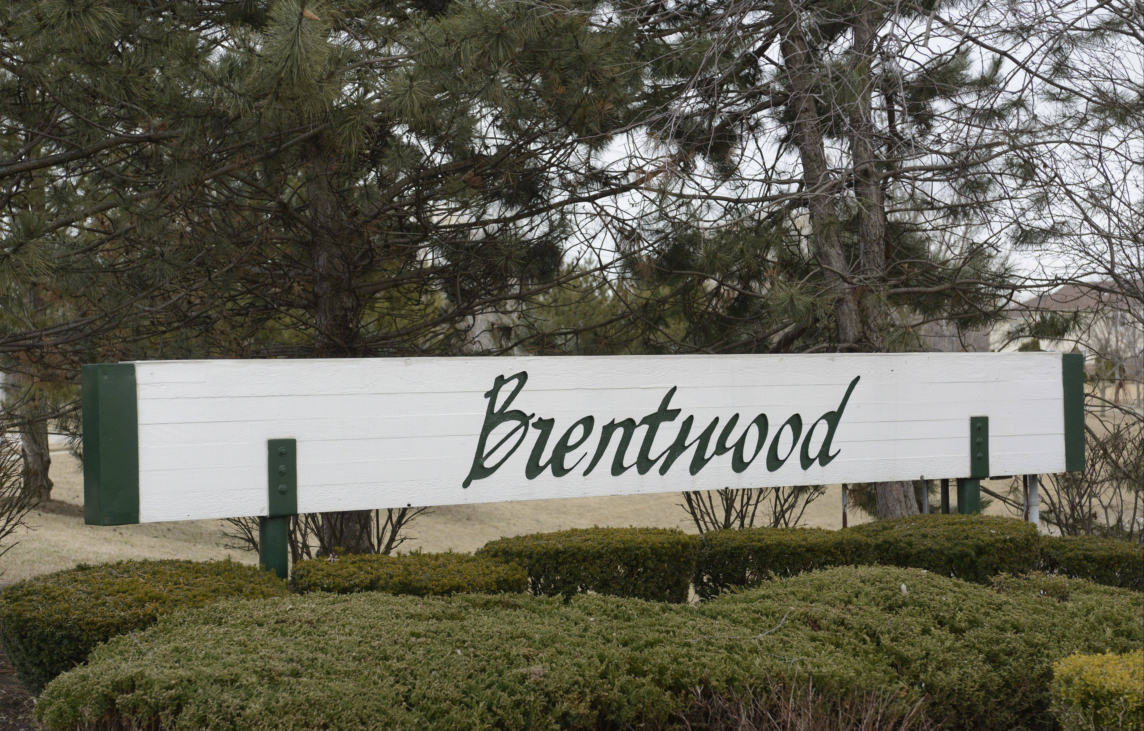 Homes in Mount Prospect's Brentwood neighborhood are a short drive away from the new Randhurst Village shopping center.