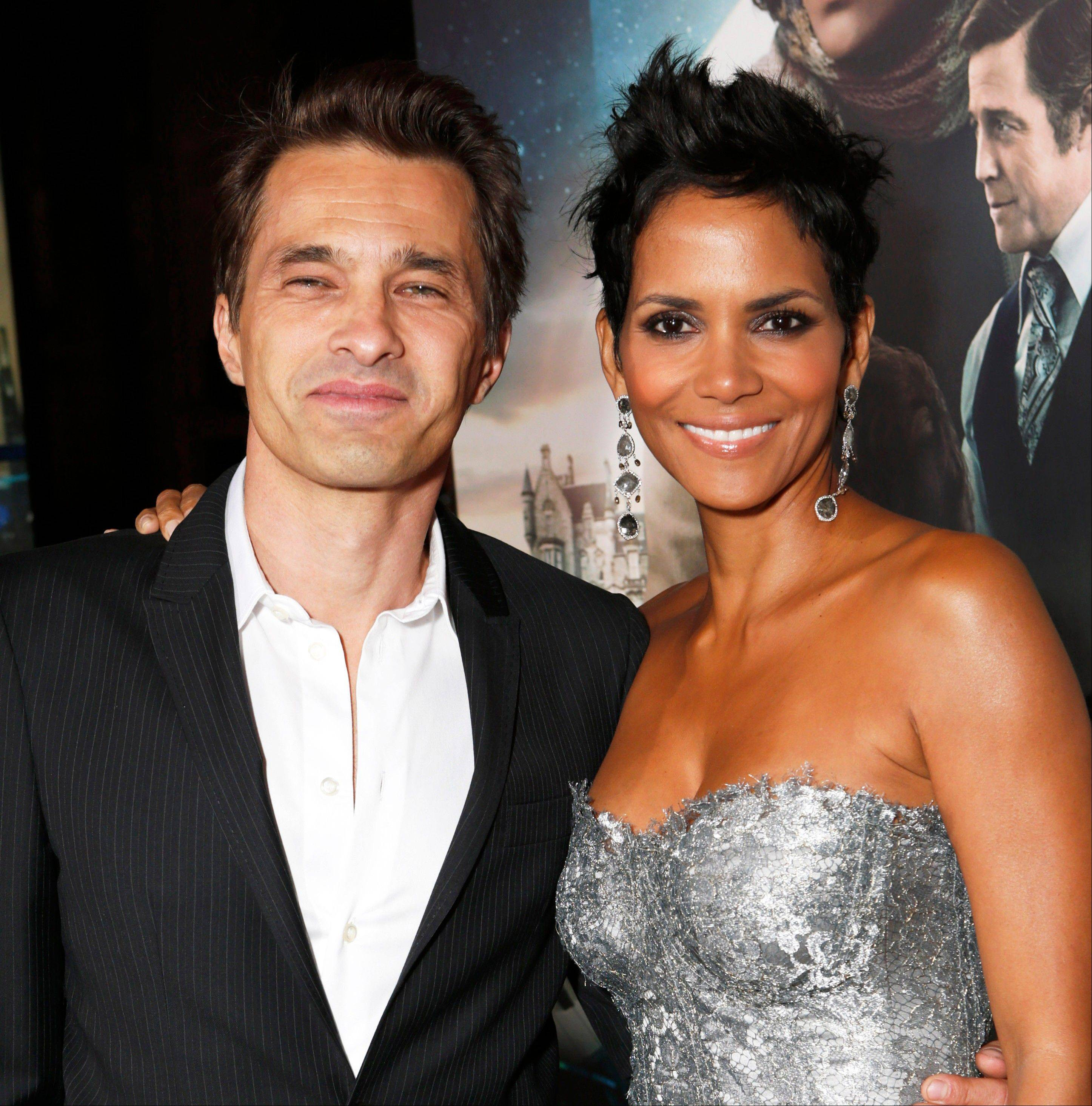 "Associated Press/Oct. 24, 2012Actors Olivier Martinez, left, and Halle Berry at the Los Angeles premiere of Berry's film, ""Cloud Atlas,"" in the Hollywood section of Los Angeles."
