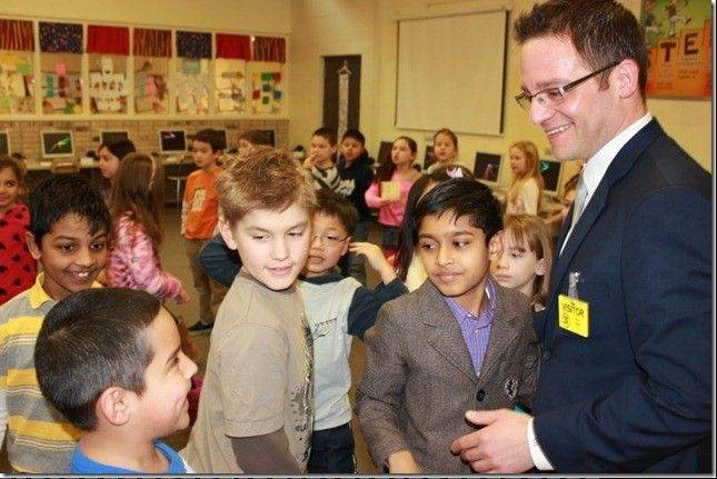 Alderman Joe Moreno visited Riley School in February as part of students' immigration unit.